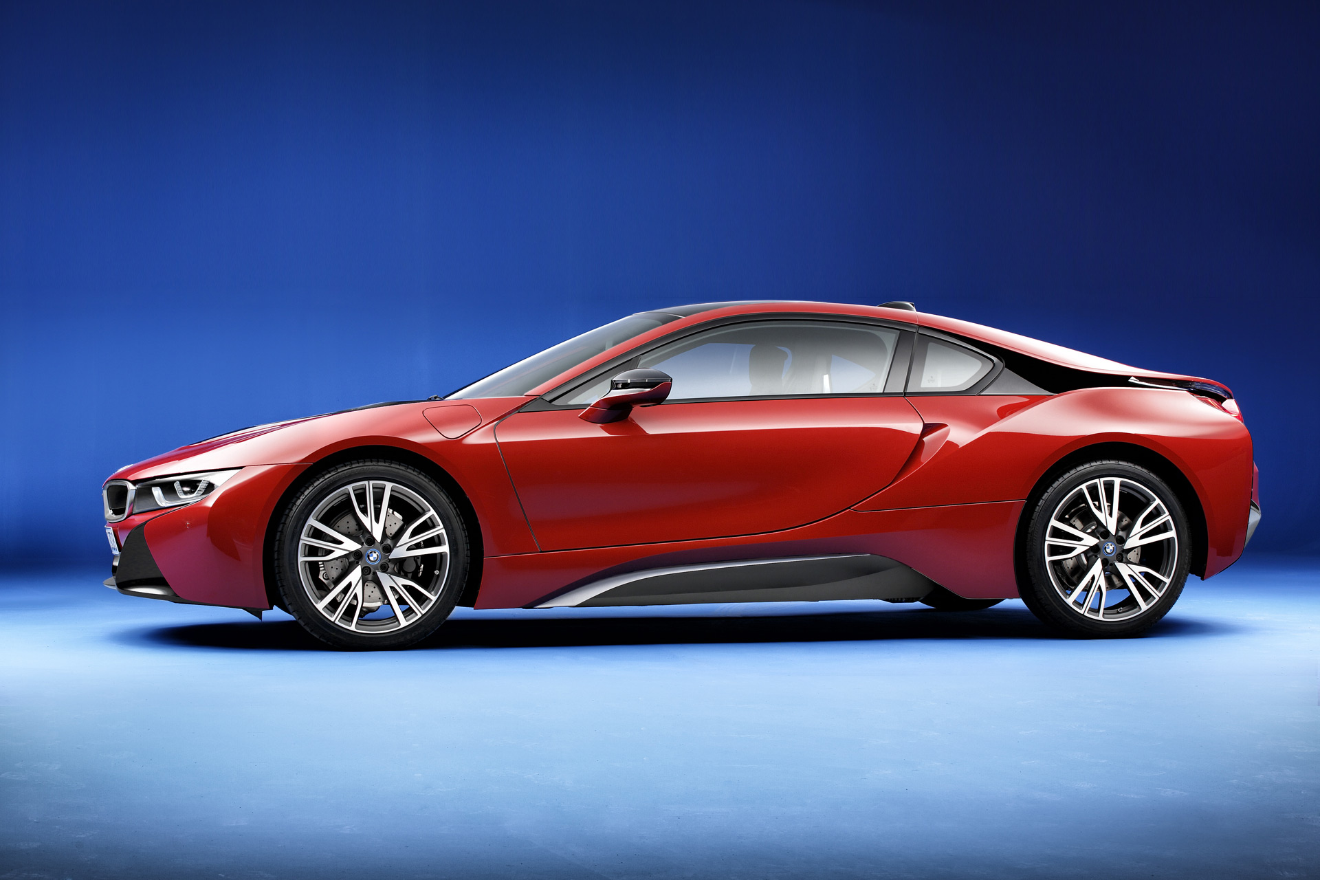 2016 bmw i8 review ratings specs prices and photos. Black Bedroom Furniture Sets. Home Design Ideas