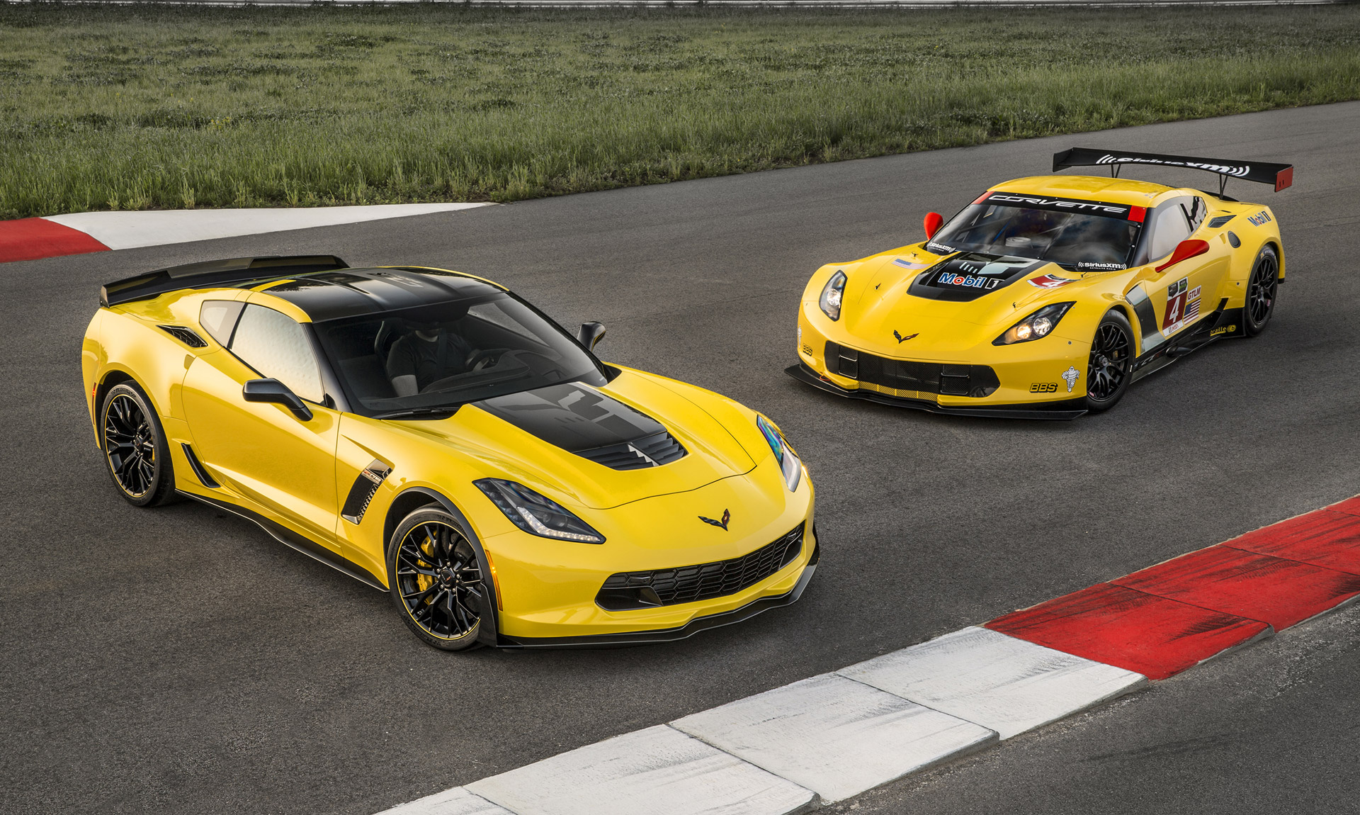 2016 Chevy Corvette Z06 Gets Minor Updates C7 R Special