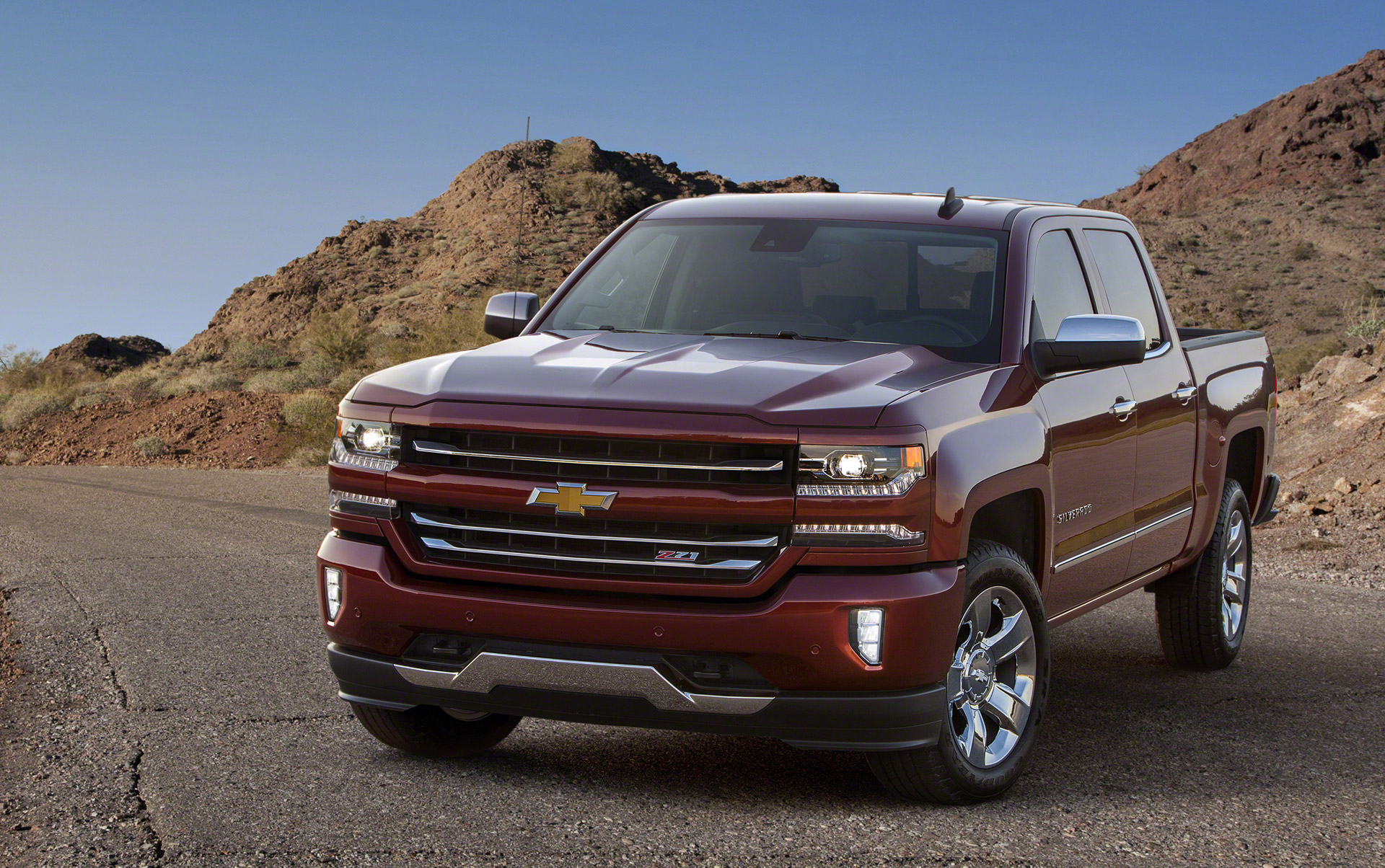 2016 chevrolet silverado 1500 gets sporty new look more tech. Black Bedroom Furniture Sets. Home Design Ideas