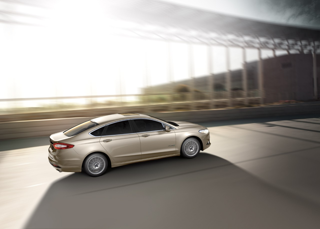 2016 ford fusion hybrid review ratings specs prices. Black Bedroom Furniture Sets. Home Design Ideas