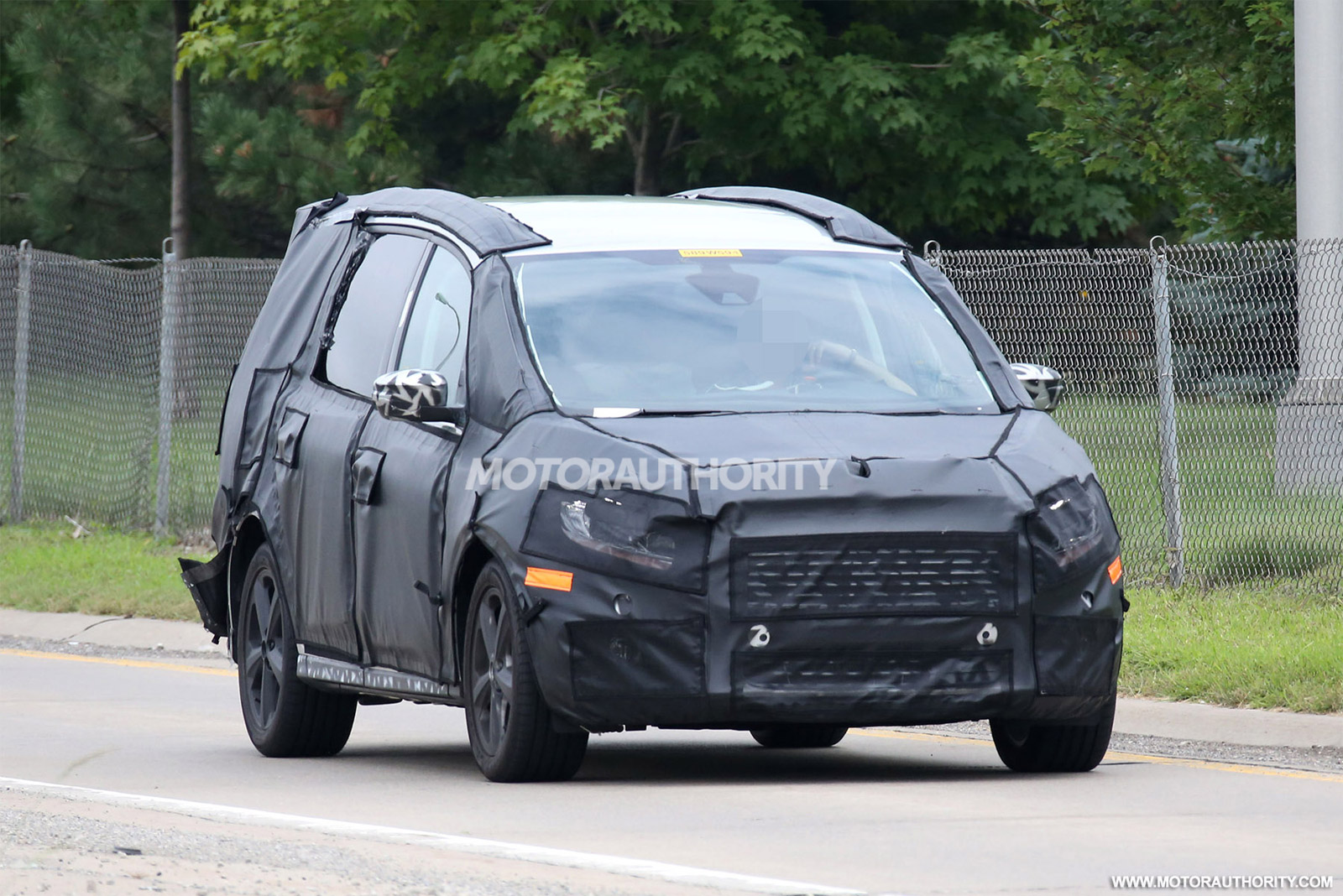 2016 ford galaxy spy shots. Black Bedroom Furniture Sets. Home Design Ideas