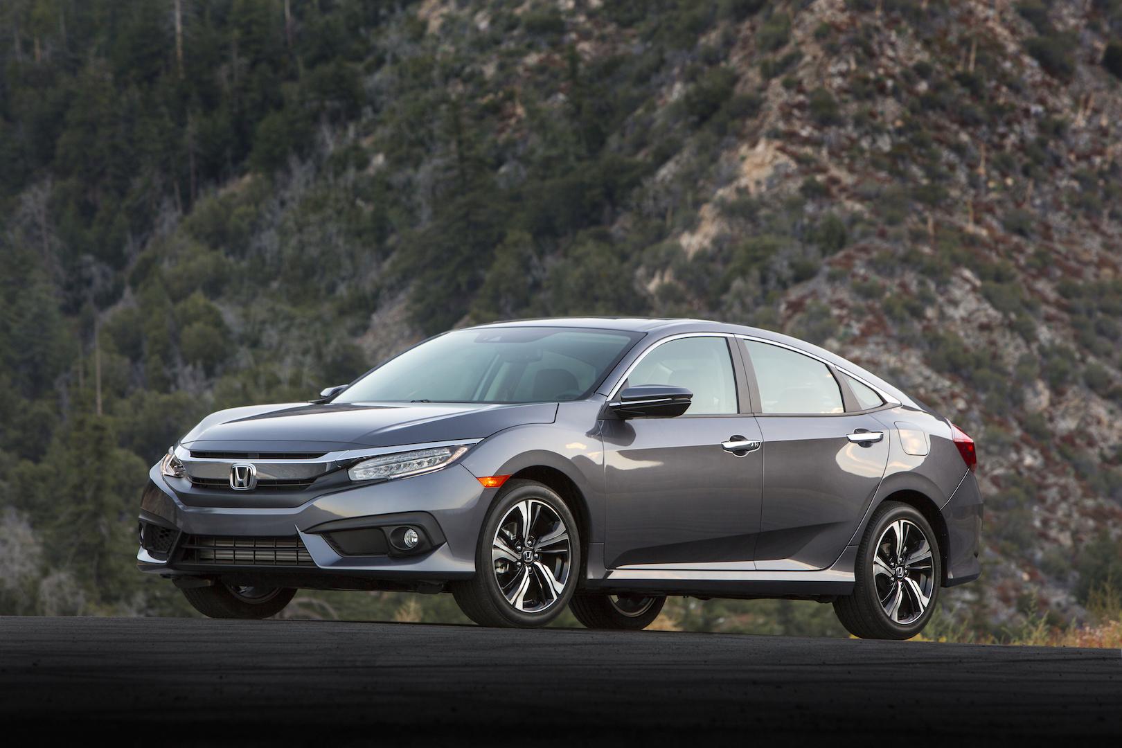 Honda Civic 2016 giá bao nhiêu? Khi nào về Việt Nam?