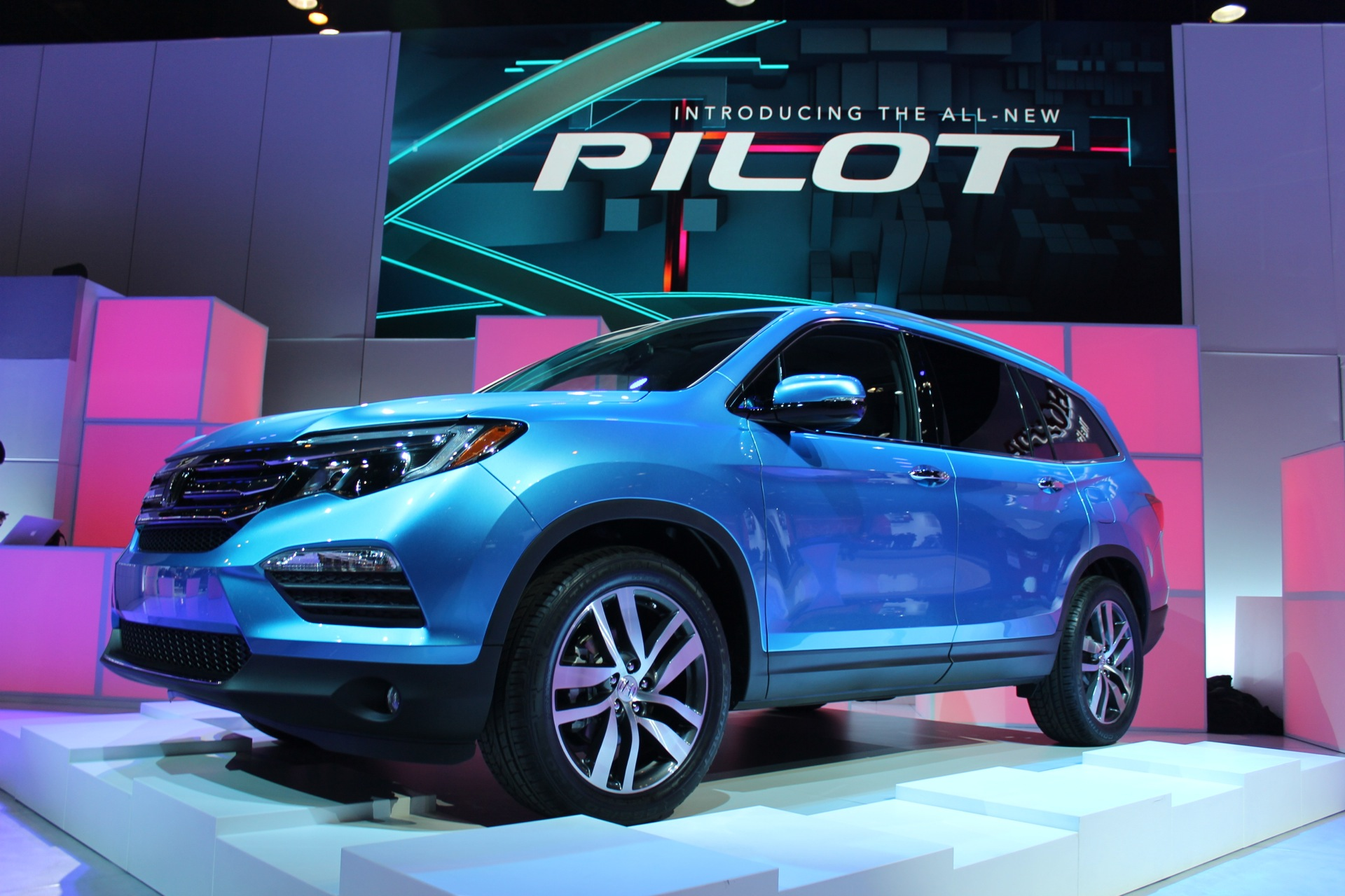 new car release in 20162016 Honda Pilot Video