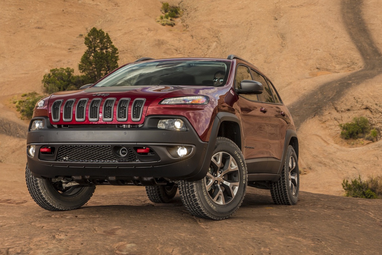 2015 2016 jeep cherokee recalled for water leak fire risk. Black Bedroom Furniture Sets. Home Design Ideas