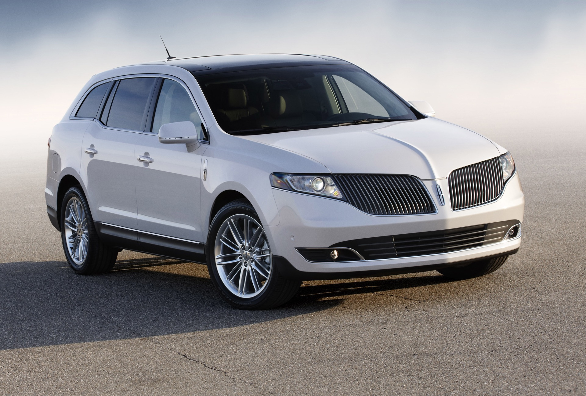 2016 Lincoln Mkt Review Ratings Specs Prices And