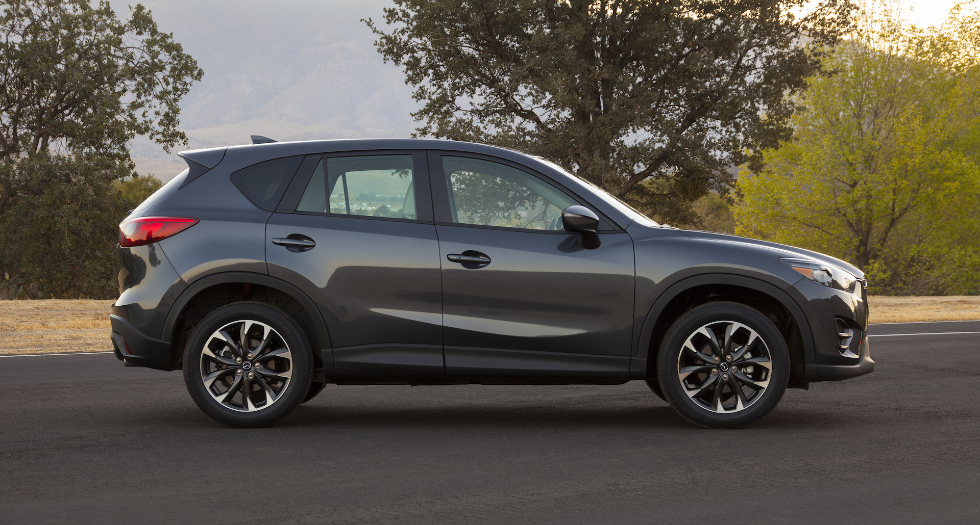 2016 mazda cx 5 review ratings specs prices and photos the car connection. Black Bedroom Furniture Sets. Home Design Ideas