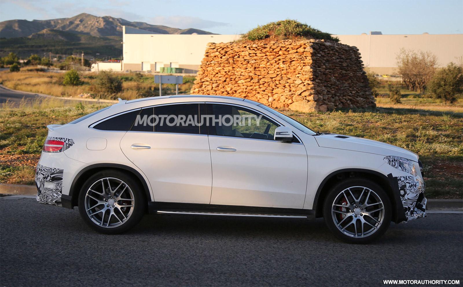 2019 Gle Suv >> 2016 Mercedes-AMG GLE63 Coupe Spy Video