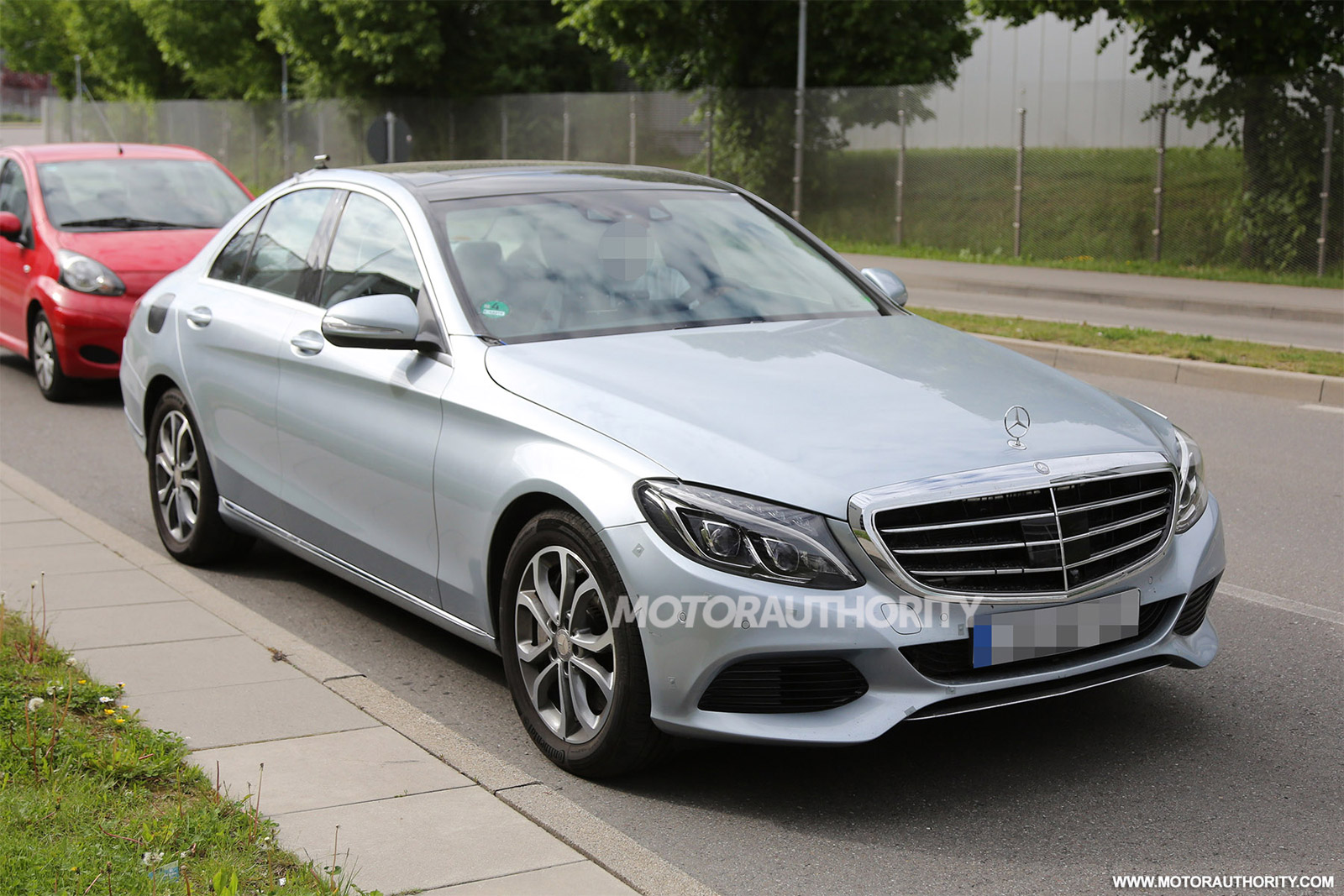 Mercedes benz c350 plug in hybrid powertrain specs revealed for Mercedes benz c350 horsepower