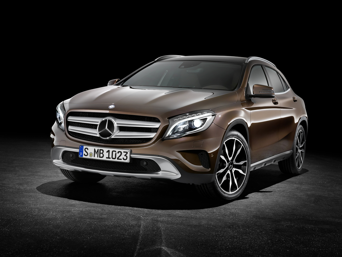 2016 mercedes benz gla class styling review the car connection. Black Bedroom Furniture Sets. Home Design Ideas