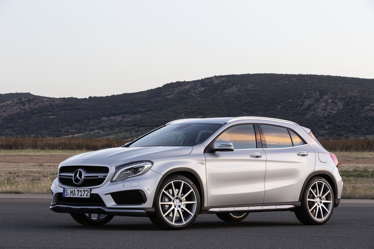 2016 mercedes benz gla gets new tech extra power for gla45 for Small mercedes benz