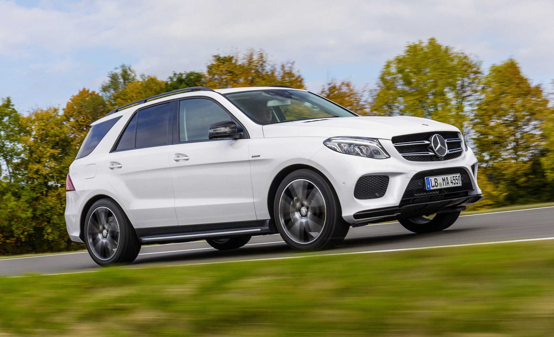 2016 mercedes benz gl class review ratings specs prices for Mercedes benz com connect