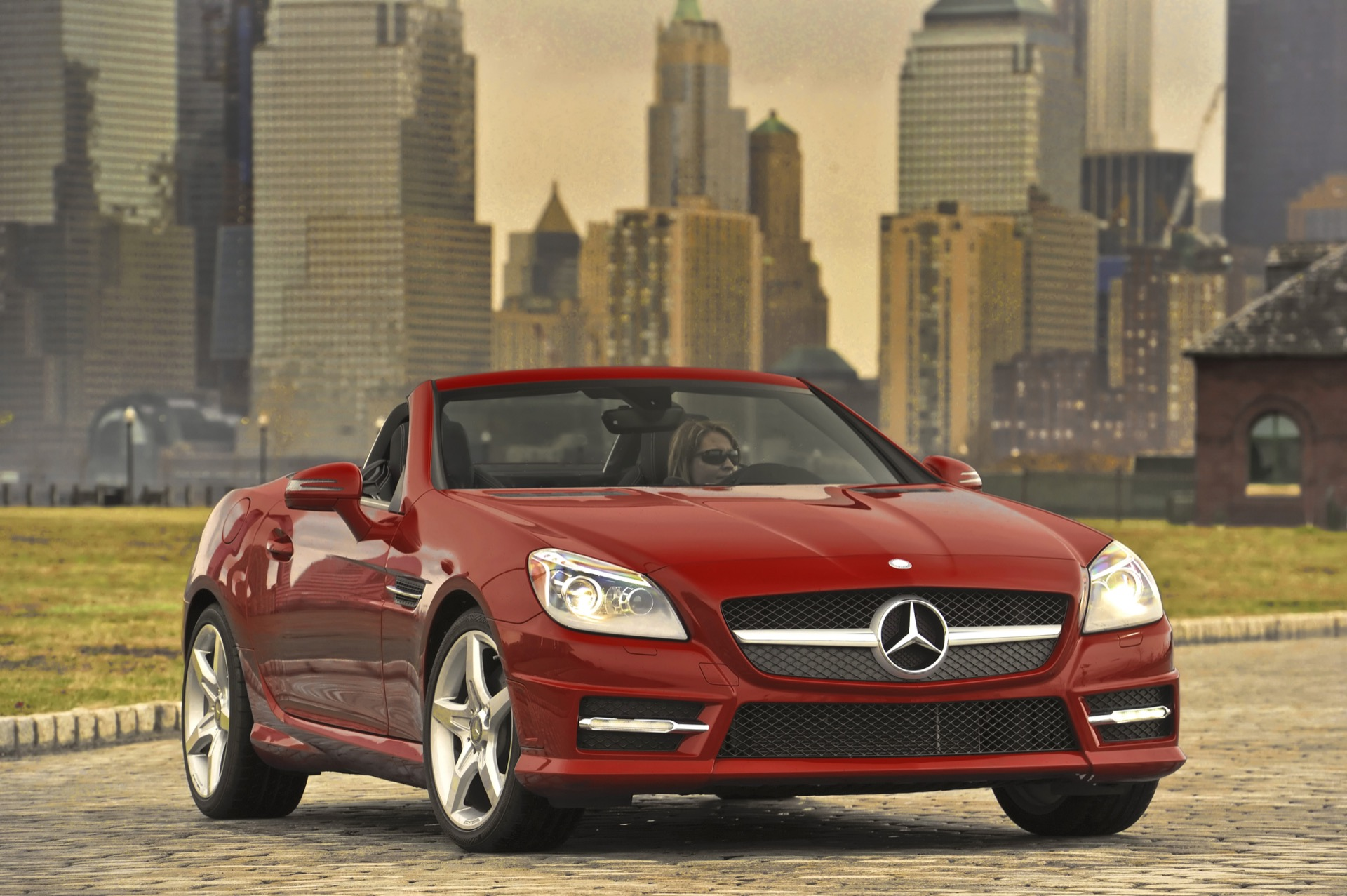 2016 mercedes benz slk class styling review the car connection. Black Bedroom Furniture Sets. Home Design Ideas