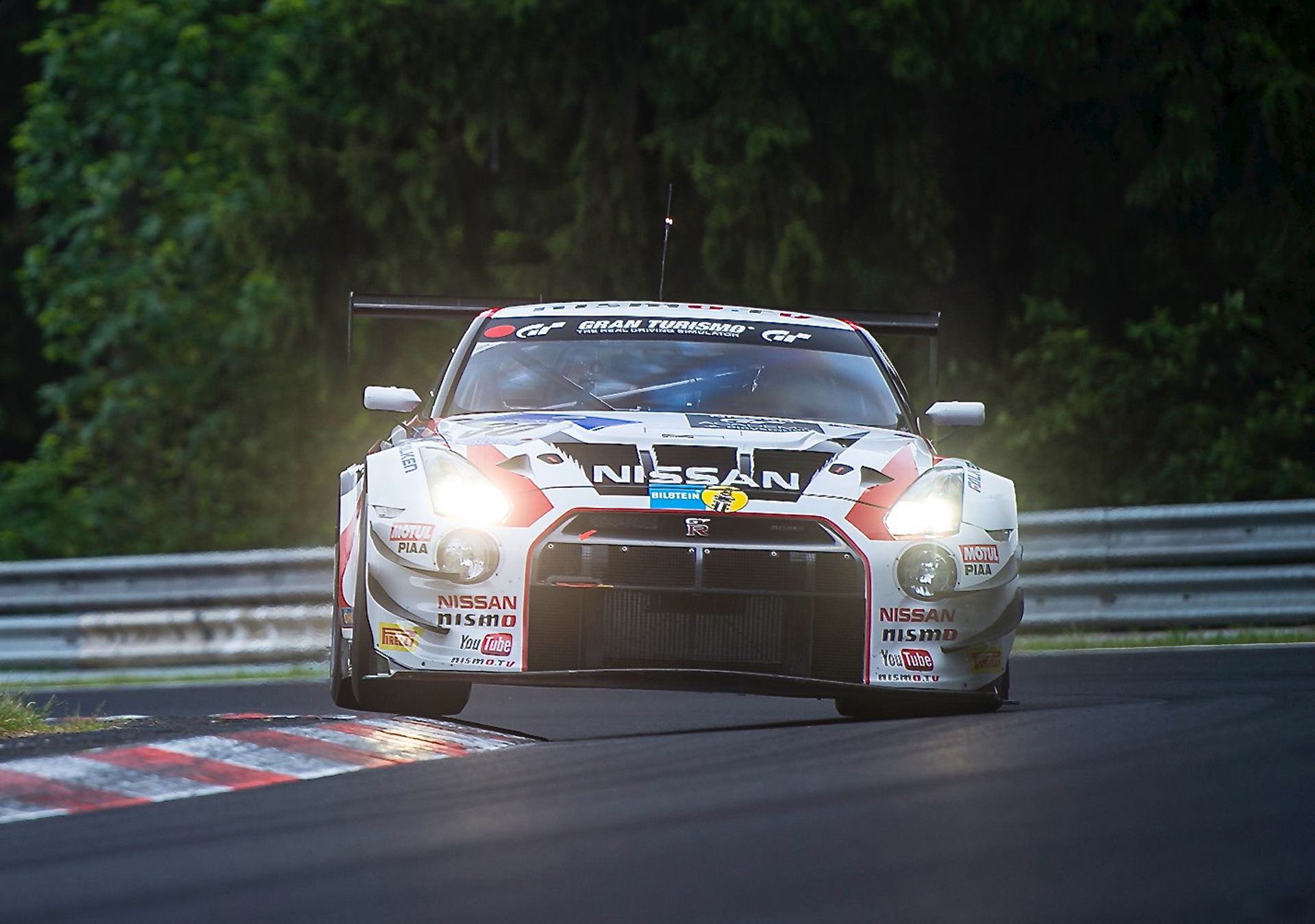 Watch The Nissan GT R Nismo GT3 Built In Under 3 Minutes