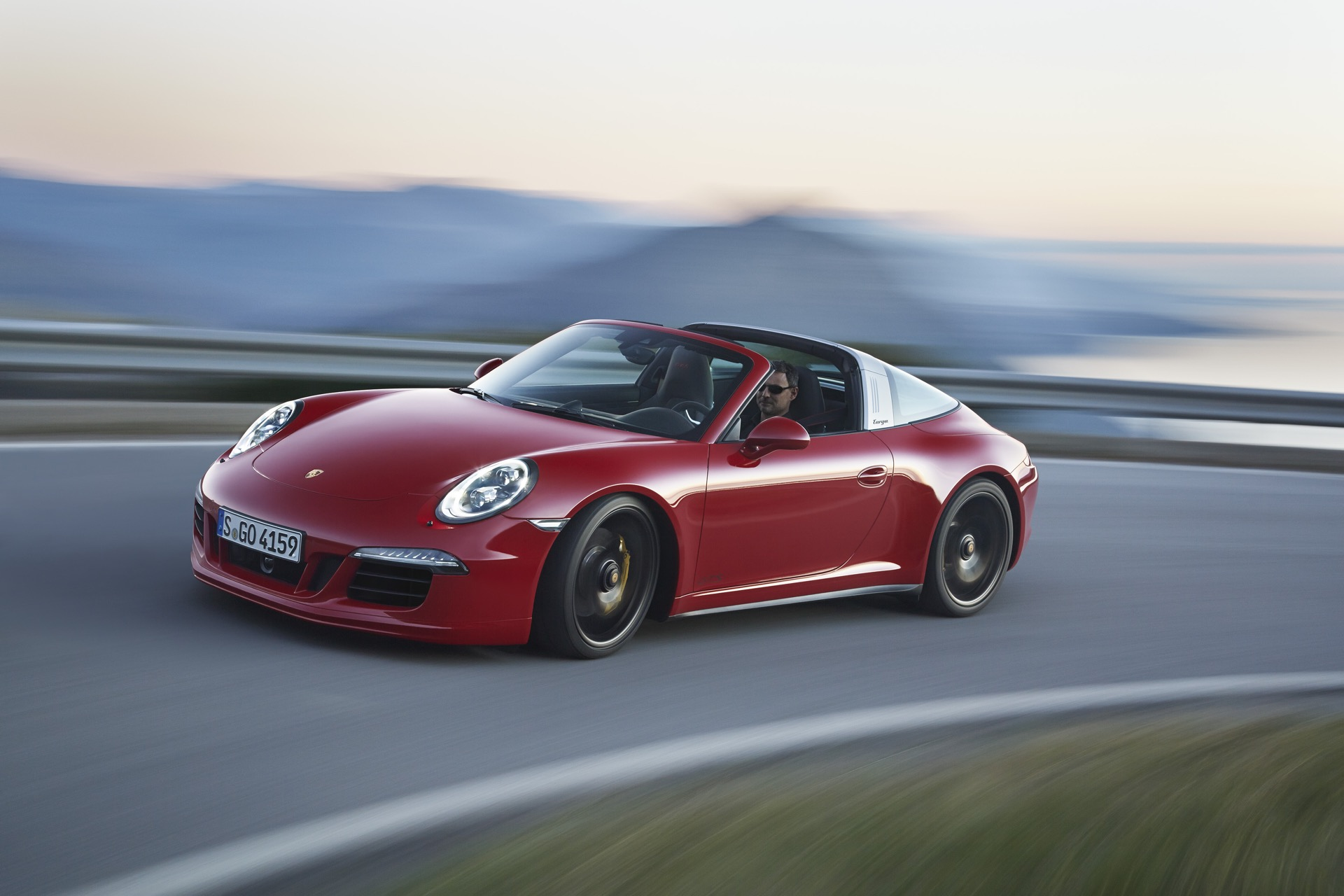 New And Used Porsche 911 Prices Photos Reviews Specs The Car Connection