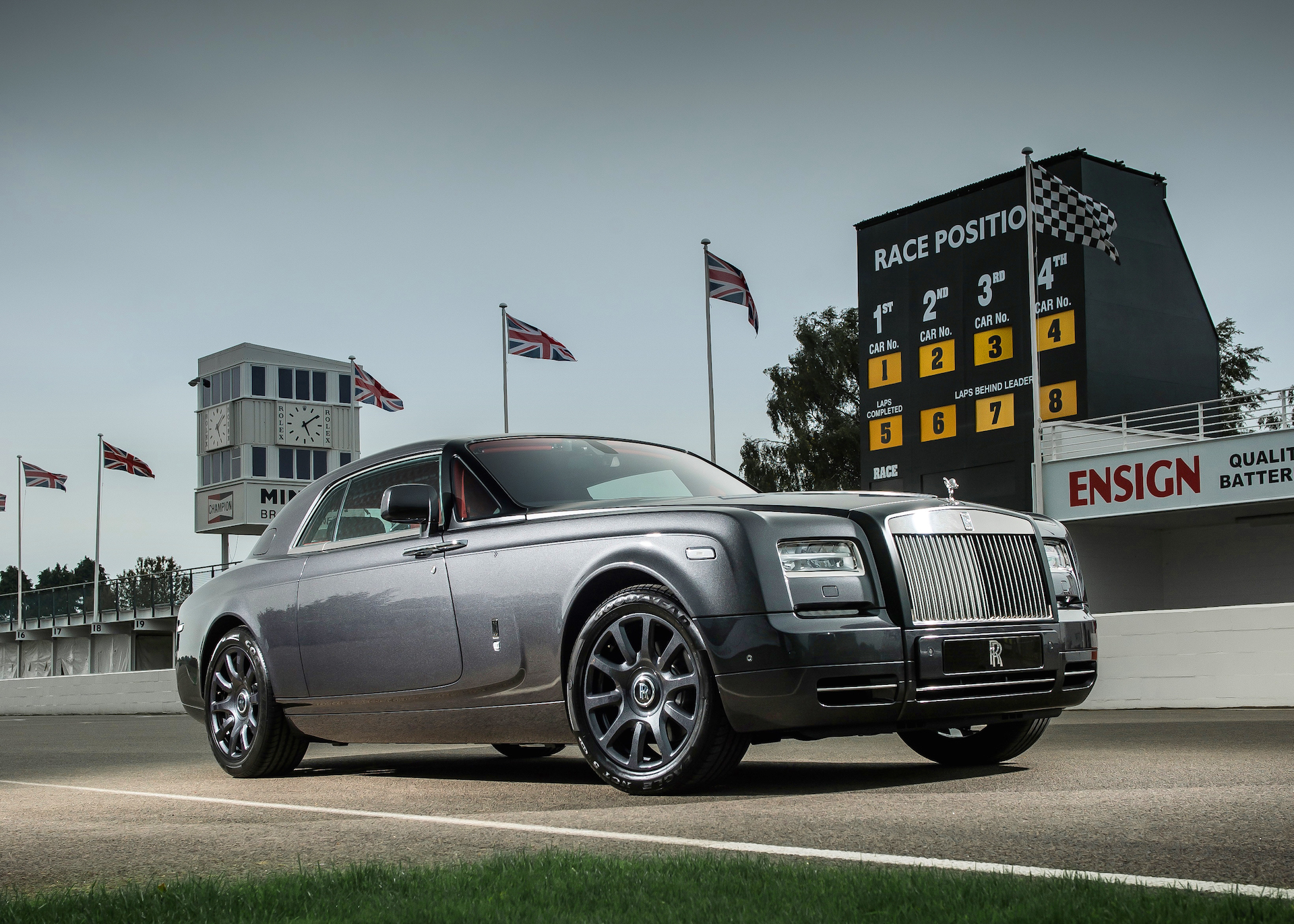 2016 RollsRoyce Phantom Review Ratings Specs Prices and