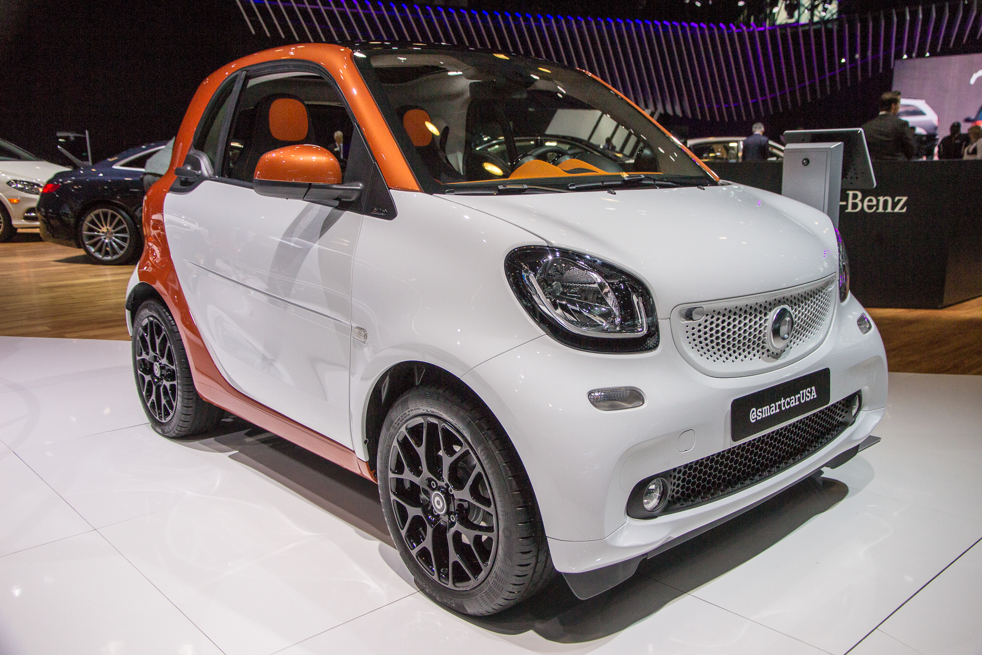 2016 smart fortwo makes u s debut. Black Bedroom Furniture Sets. Home Design Ideas