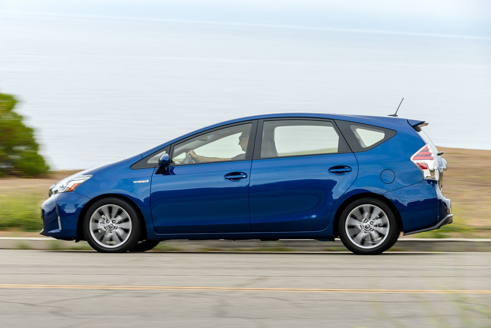 2016 toyota prius v review ratings specs prices and photos the car connection. Black Bedroom Furniture Sets. Home Design Ideas
