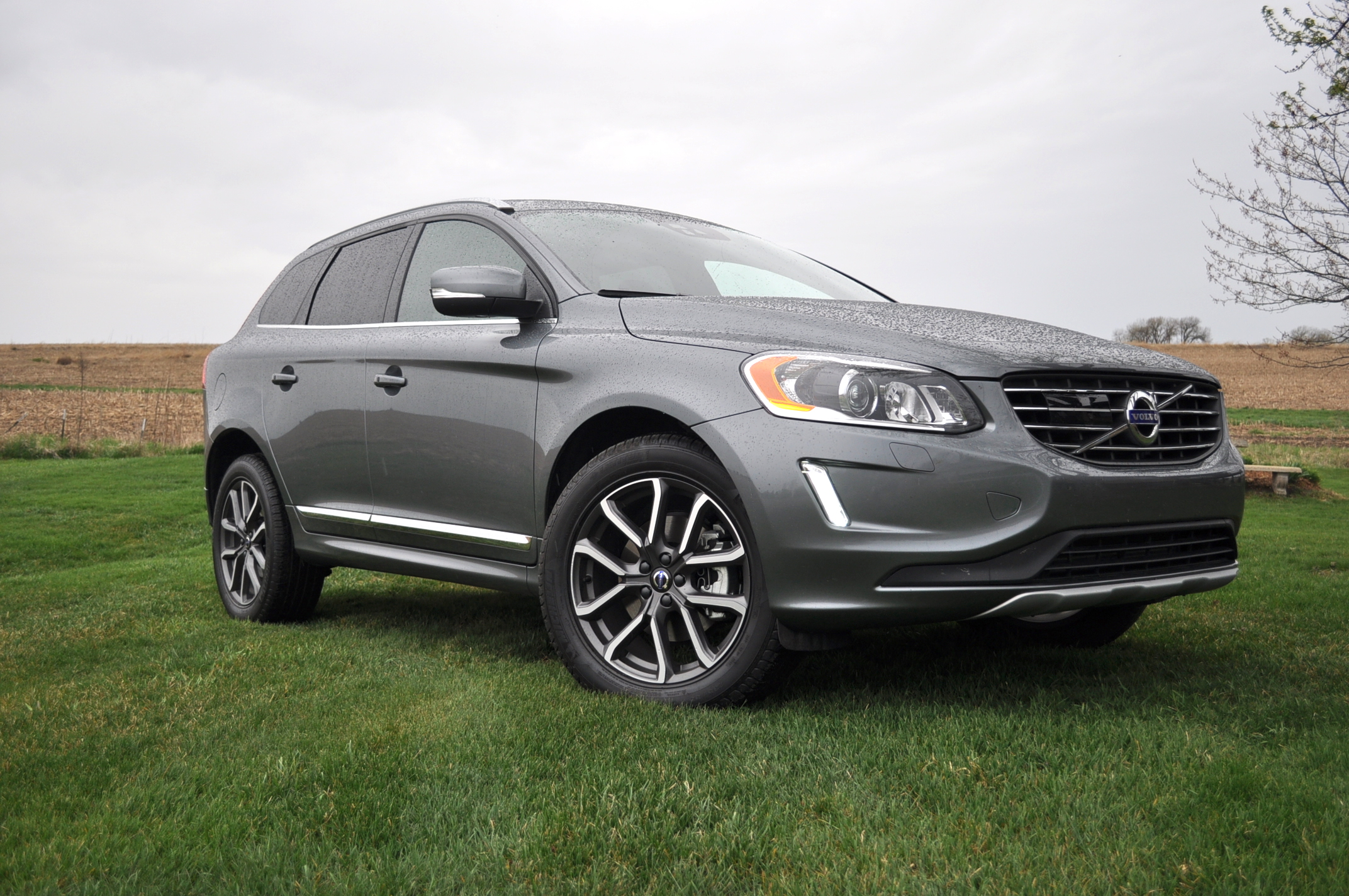 2016 Volvo Xc60 T6 Awd Drive E Gas Mileage Review