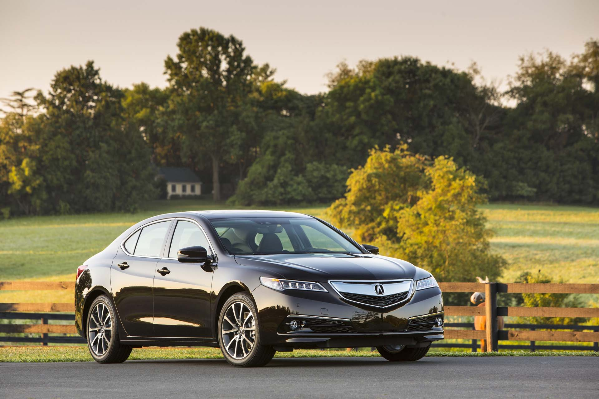 2017 acura tlx gas mileage the car connection. Black Bedroom Furniture Sets. Home Design Ideas