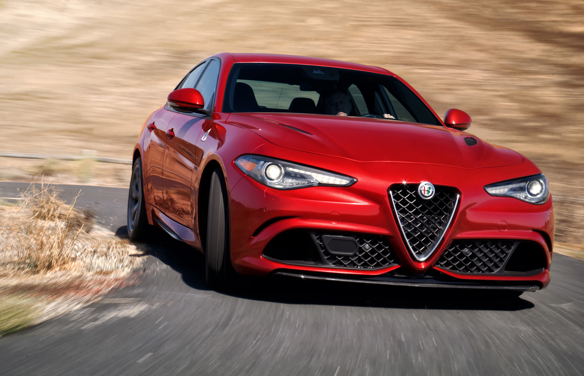 report alfa romeo to reveal giulia coupe in geneva. Black Bedroom Furniture Sets. Home Design Ideas