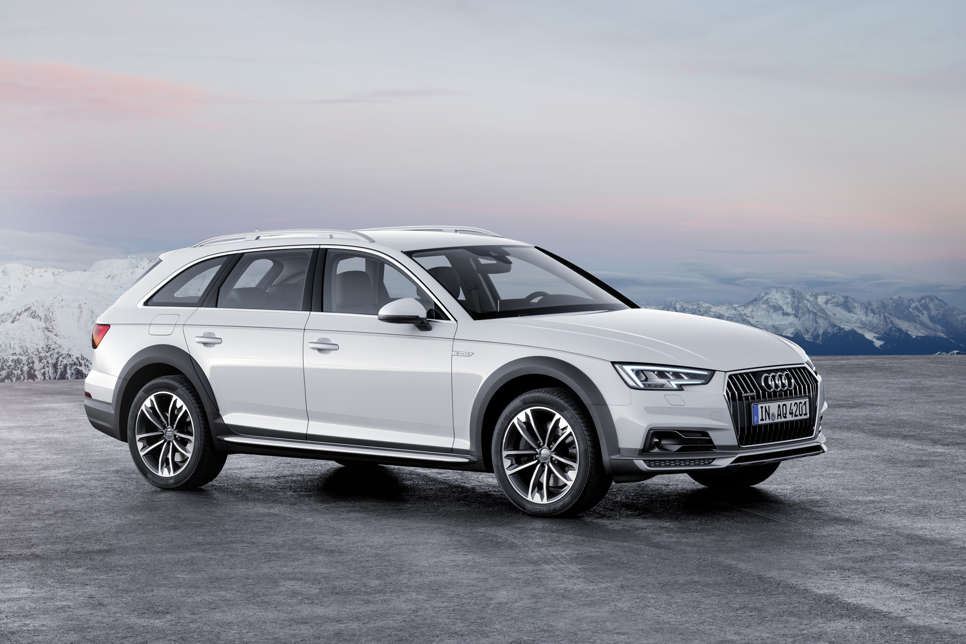 2017 Audi A4 Allroad preview