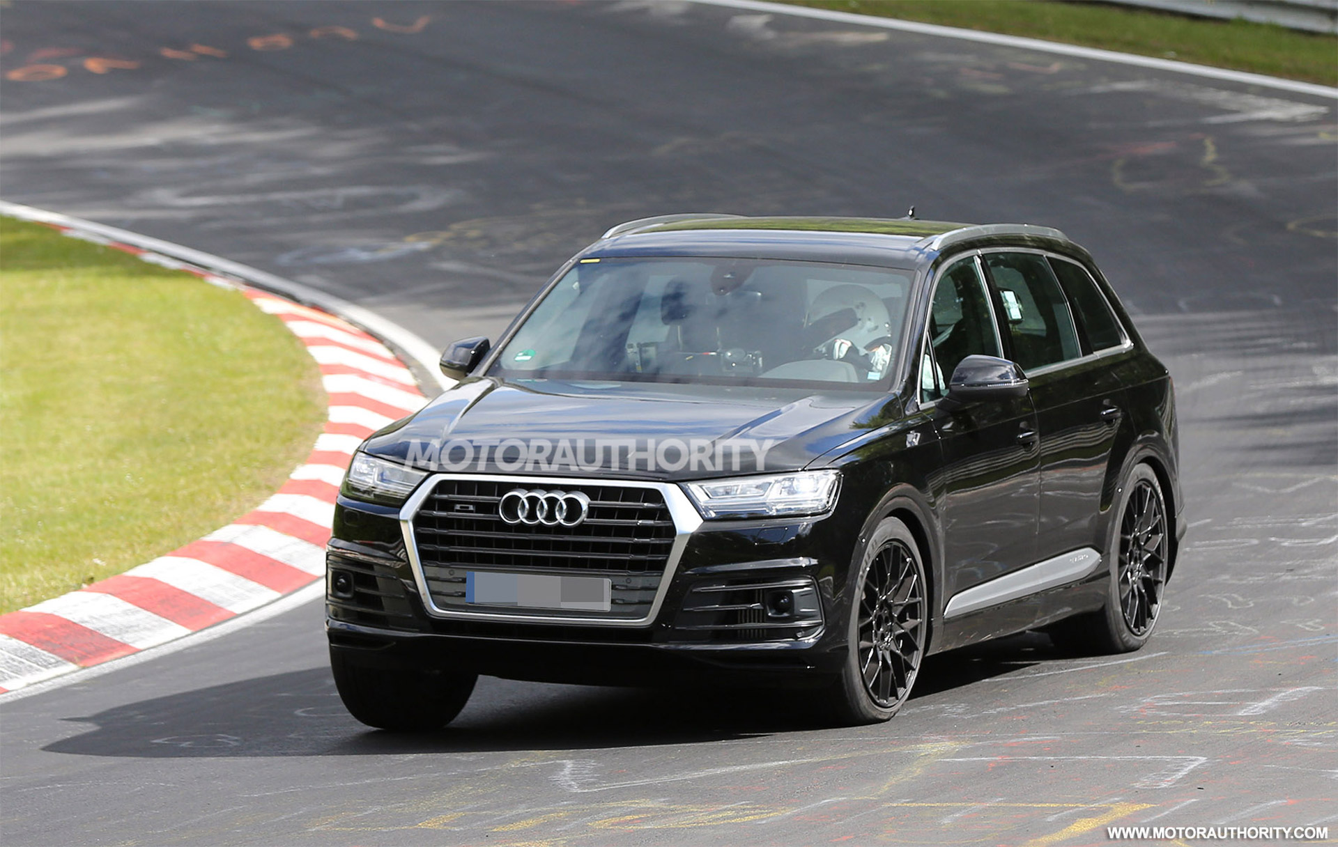 2017 Audi SQ7 Spy Shots