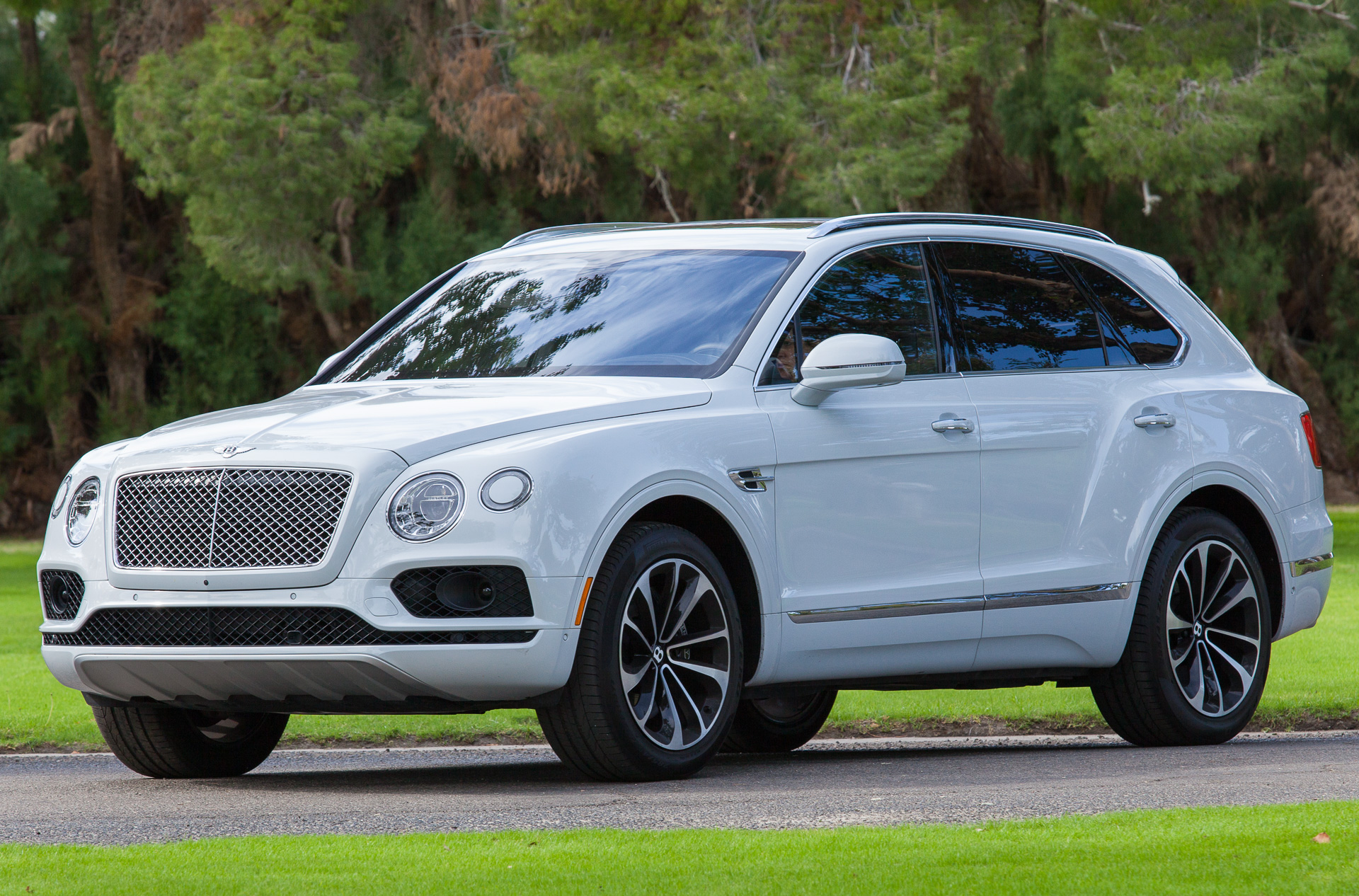 2018 Trackhawk Jeep >> Bentley: What's new for 2017
