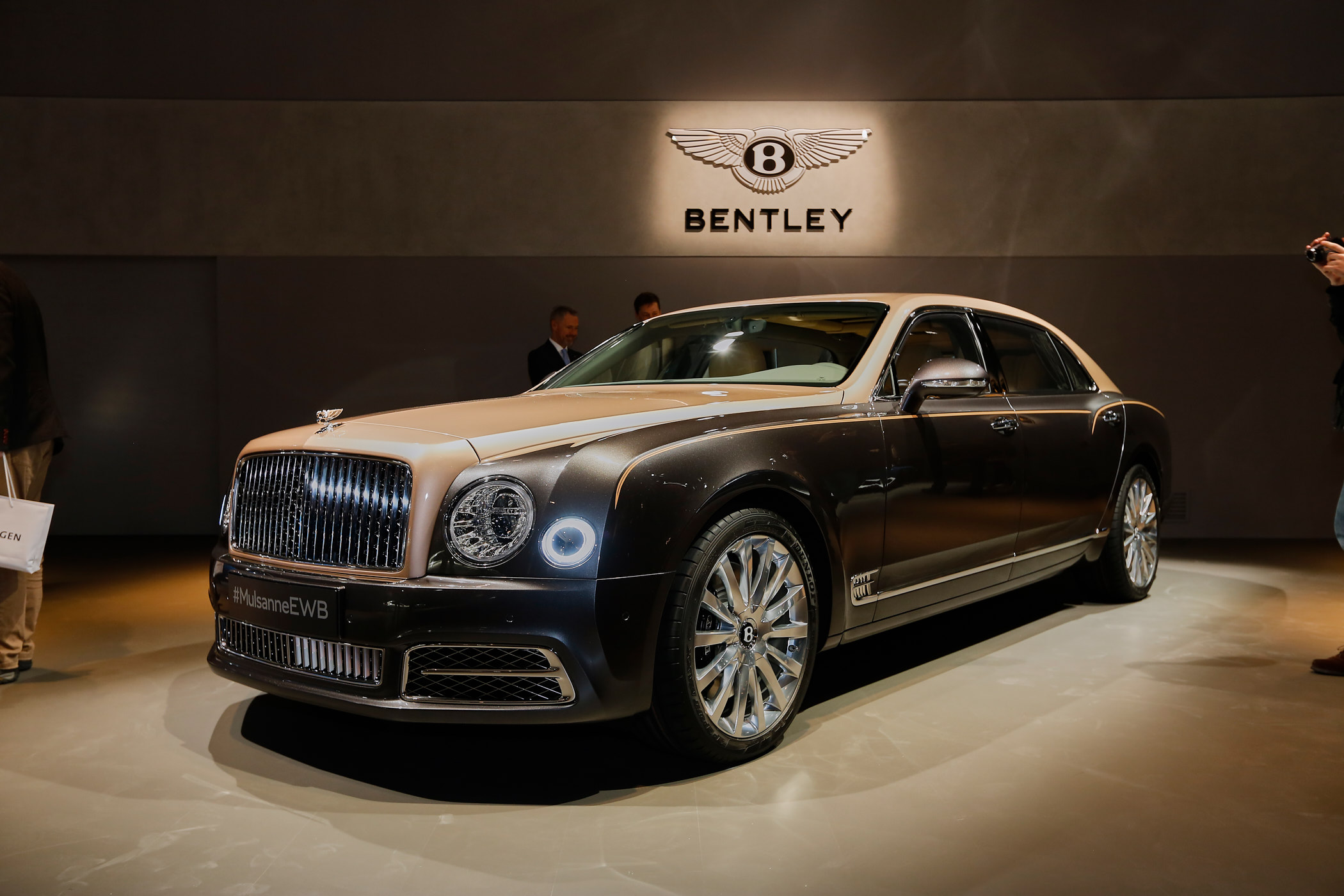 2017 bentley mulsanne preview live photos and video page 2. Black Bedroom Furniture Sets. Home Design Ideas