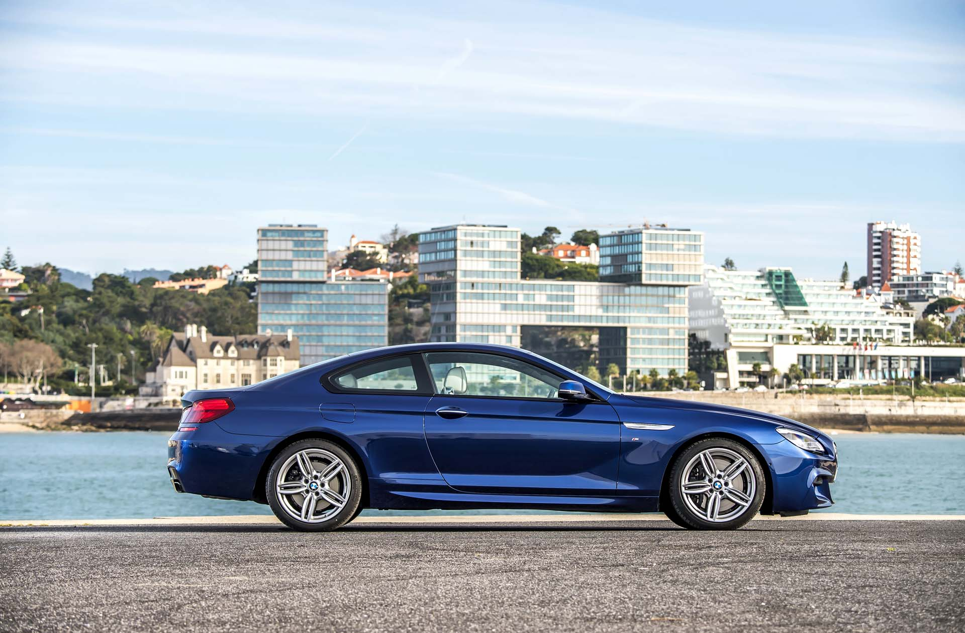 Honda Houston 2017 BMW 6-Series Features Review - The Car Connection