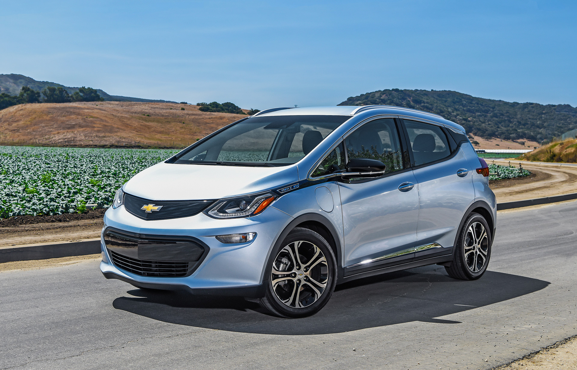 thinking of buying a 2017 chevy bolt ev  read the owner u0026 39 s manual