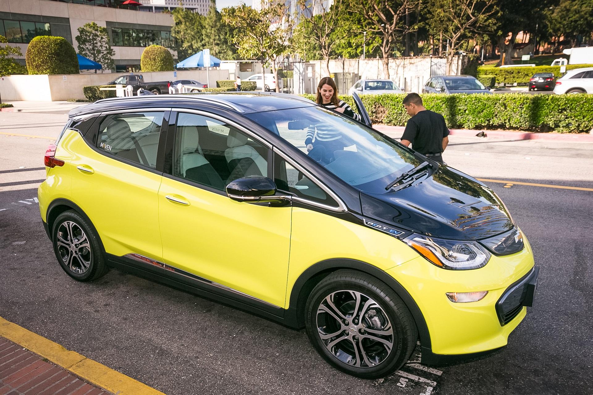 gm 39 s maven car sharing adds chevy bolt ev electric cars in la. Black Bedroom Furniture Sets. Home Design Ideas