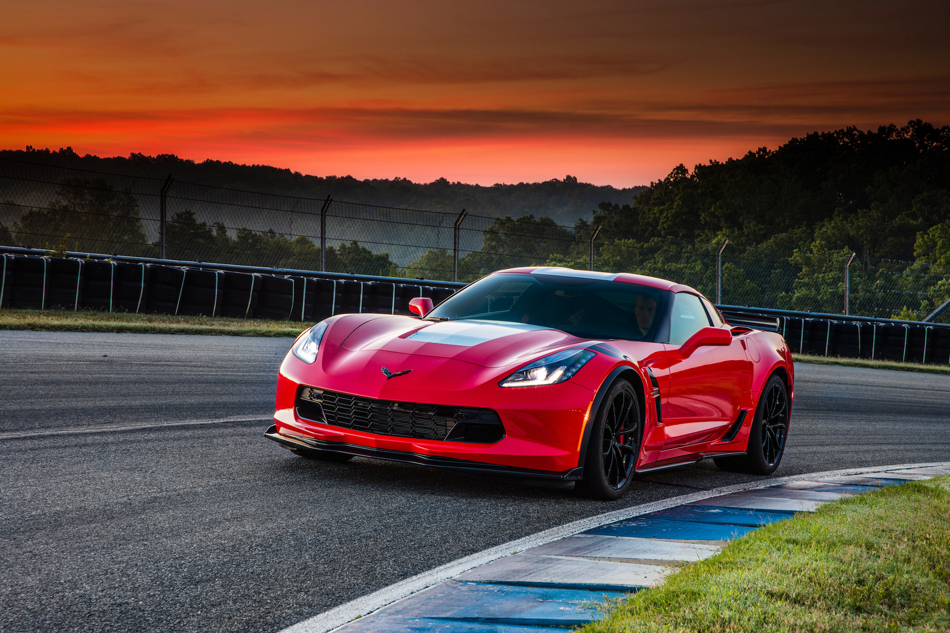 2017 chevrolet corvette grand sport first drive review. Black Bedroom Furniture Sets. Home Design Ideas