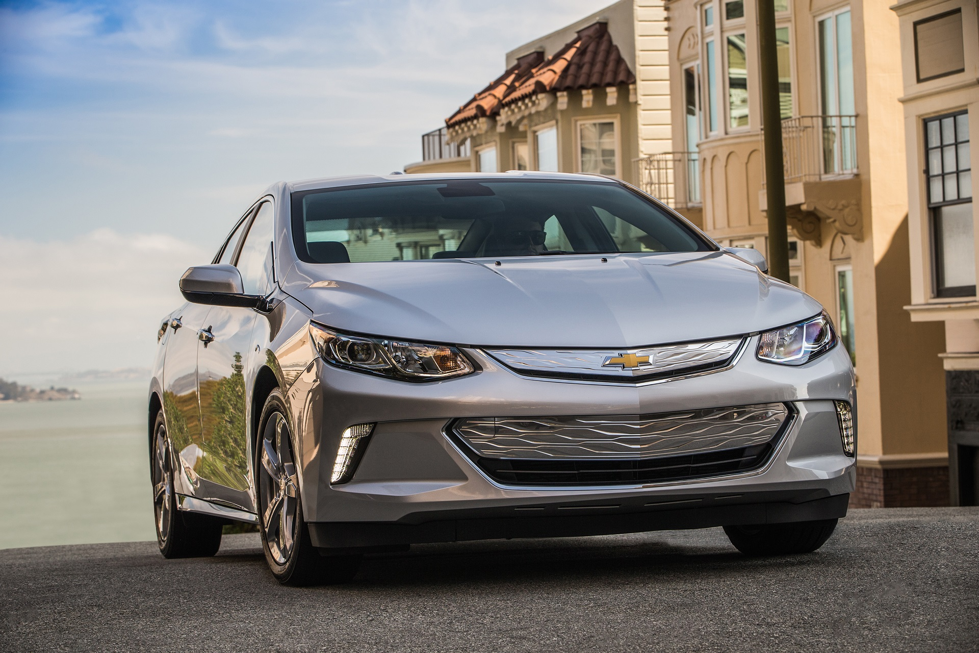 2017 Chevrolet Volt Chevy Safety Review And Crash Test