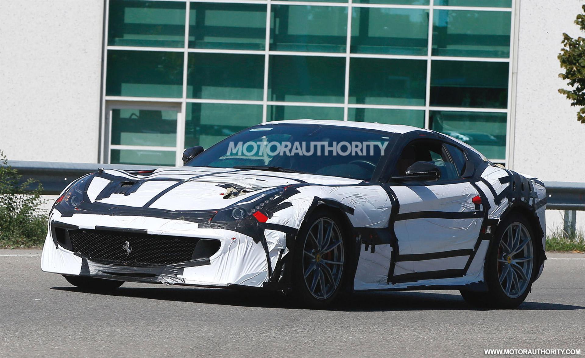 Sema Car Show 2017 >> 2016 Ferrari F12 GTO/Speciale Spy Shots