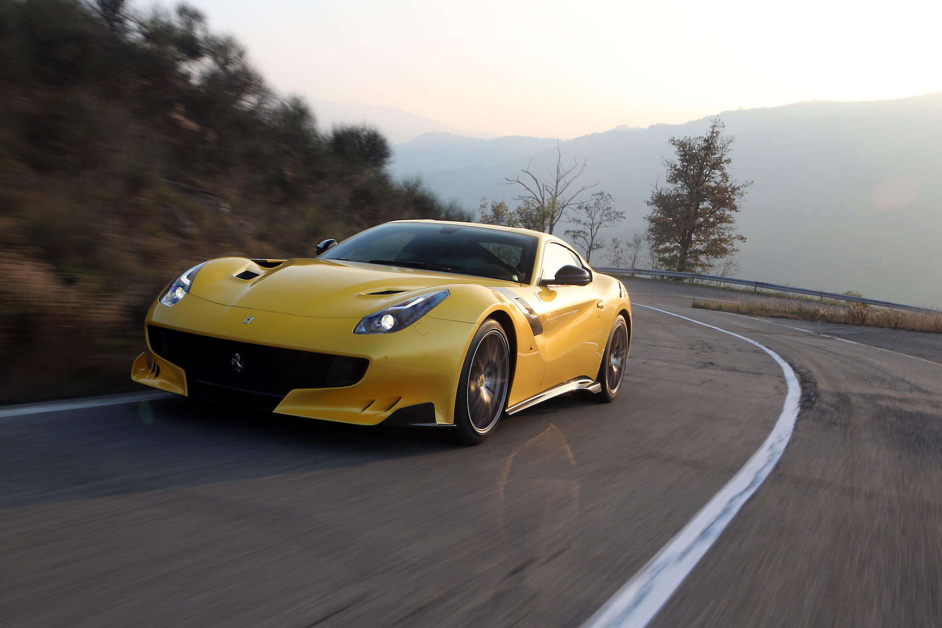 2017 Ferrari F12 Berlinetta Review Ratings Specs Prices