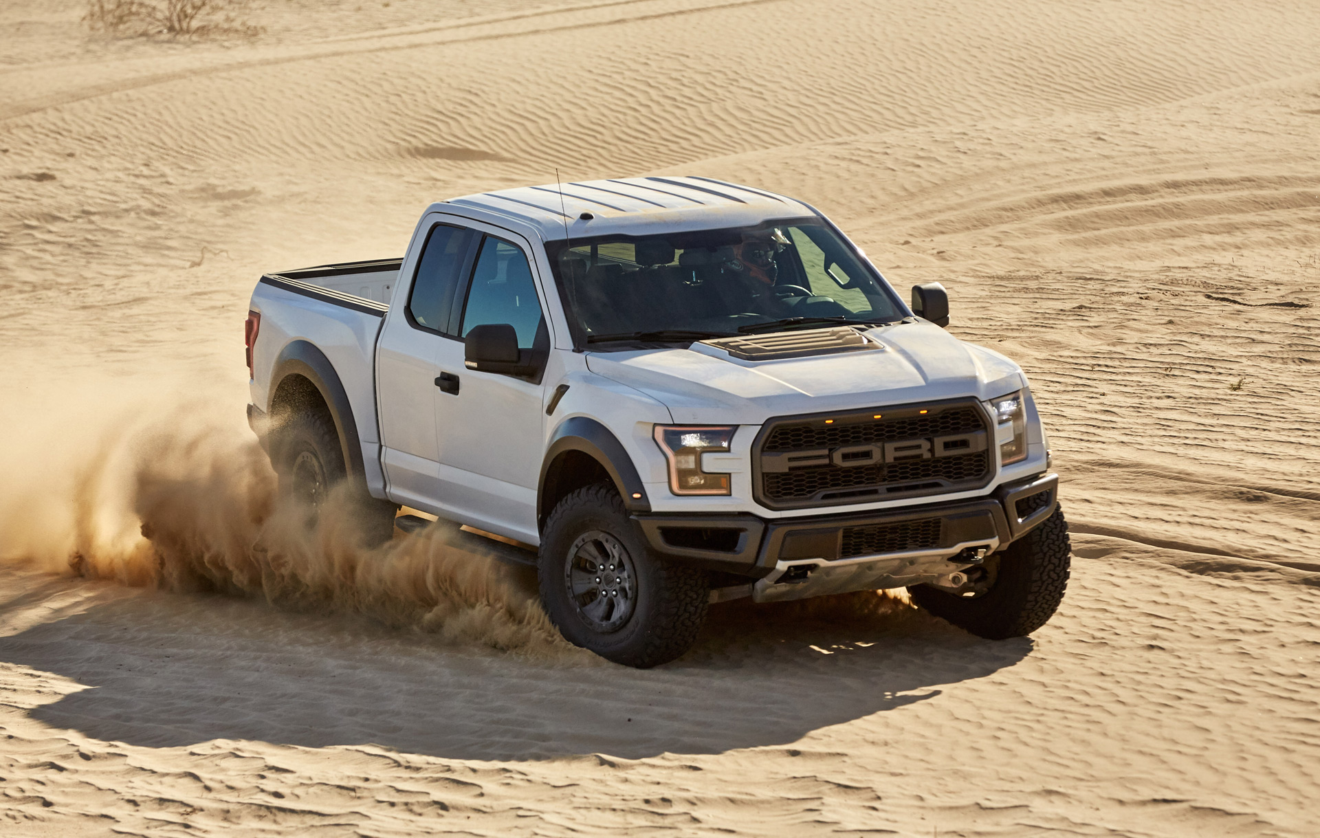2017 ford f 150 raptor coming with 6 drive modes. Black Bedroom Furniture Sets. Home Design Ideas