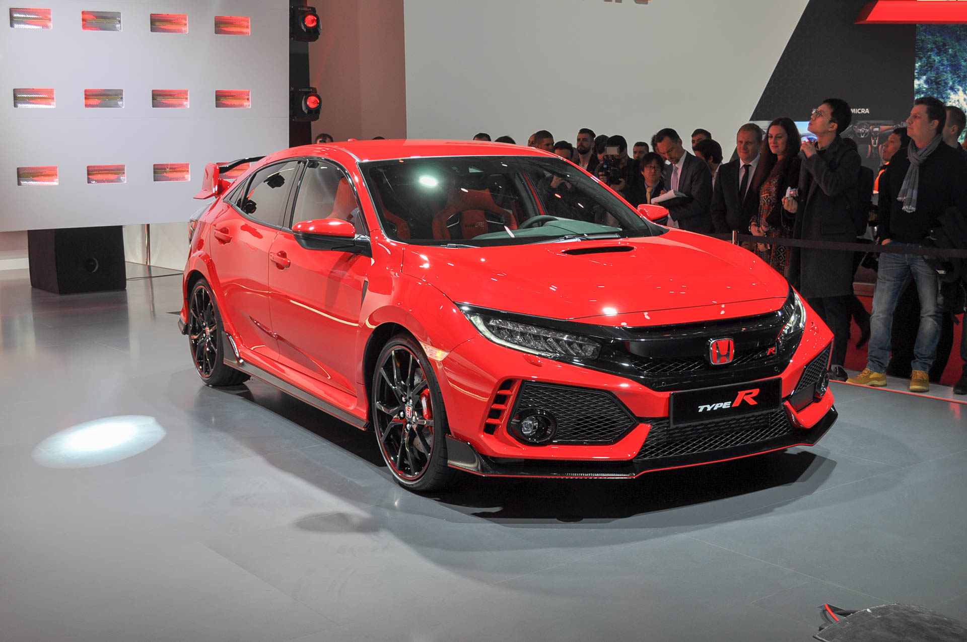 honda civic type r boasts 25 mpg combined autozaurus. Black Bedroom Furniture Sets. Home Design Ideas