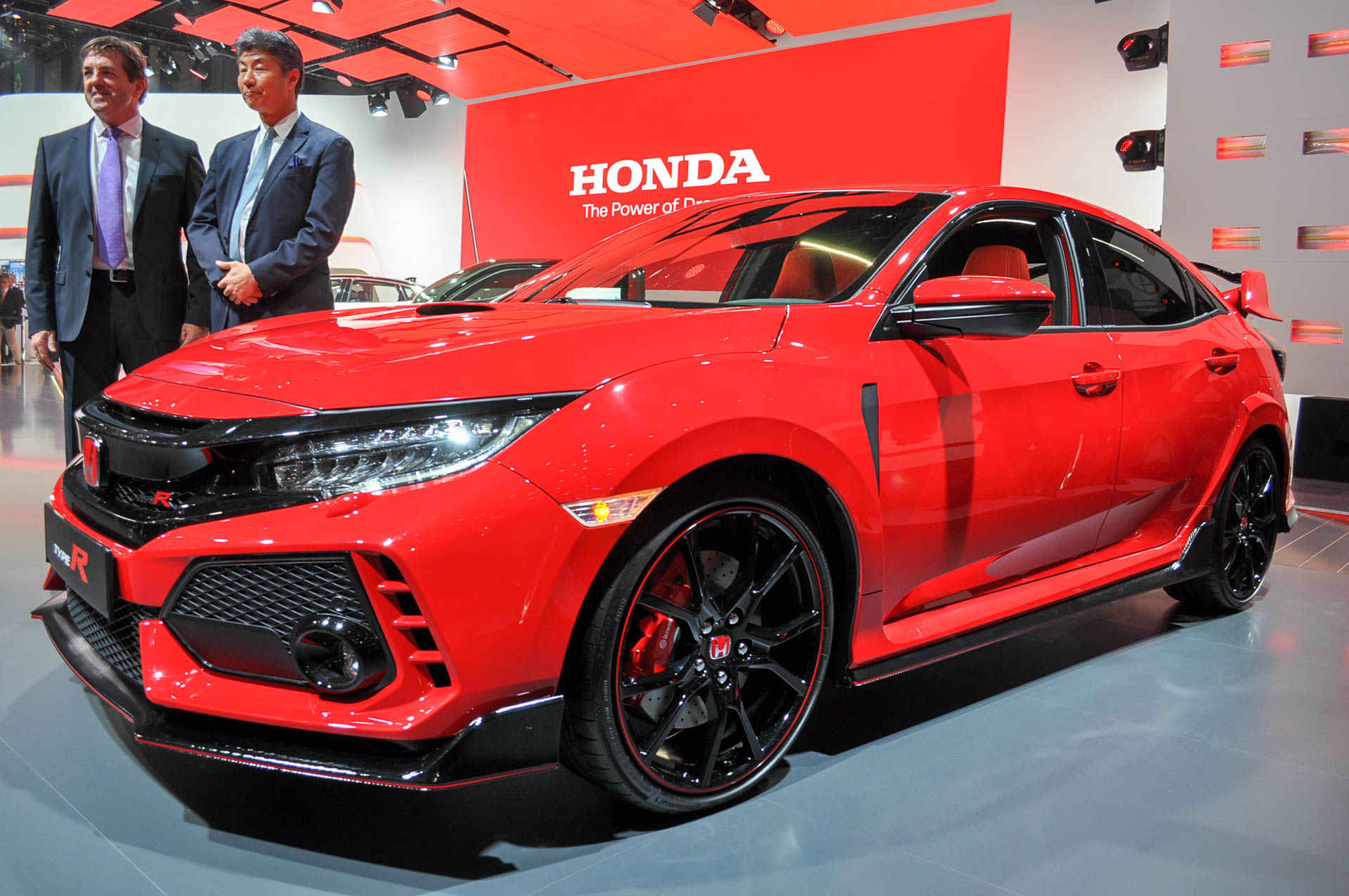 Honda civic type r review specs and photo gallery autoweek for Honda type r horsepower