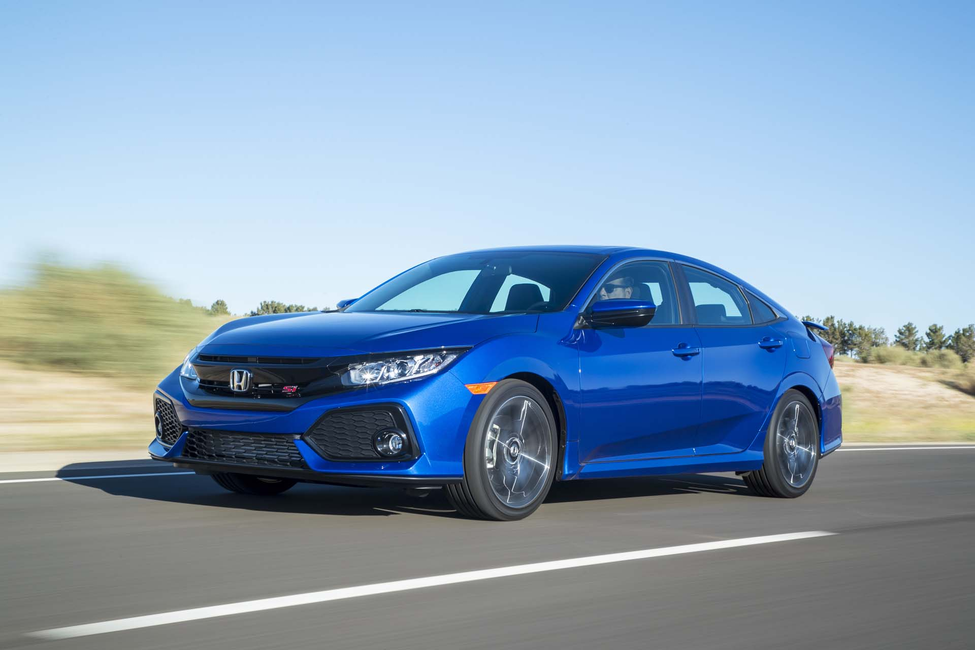 Honda civic si first drive looking the part news about for Cool honda civic