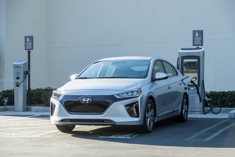 2017 Hyundai Ioniq to have lifetime battery-failure warranty