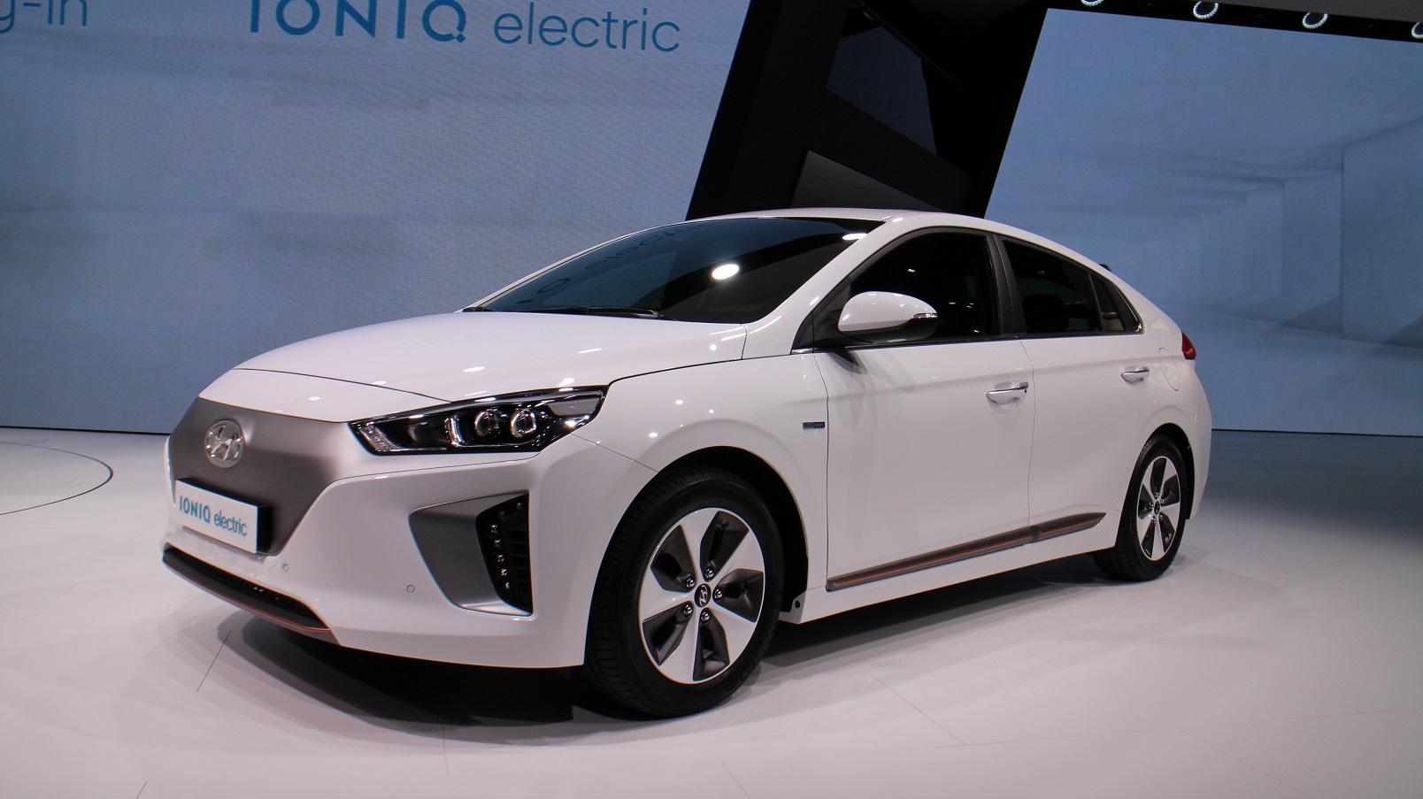 Geneva Auto Sales >> Hyundai Ioniq electric car offered on 'Ioniq Unlimited' subscription model