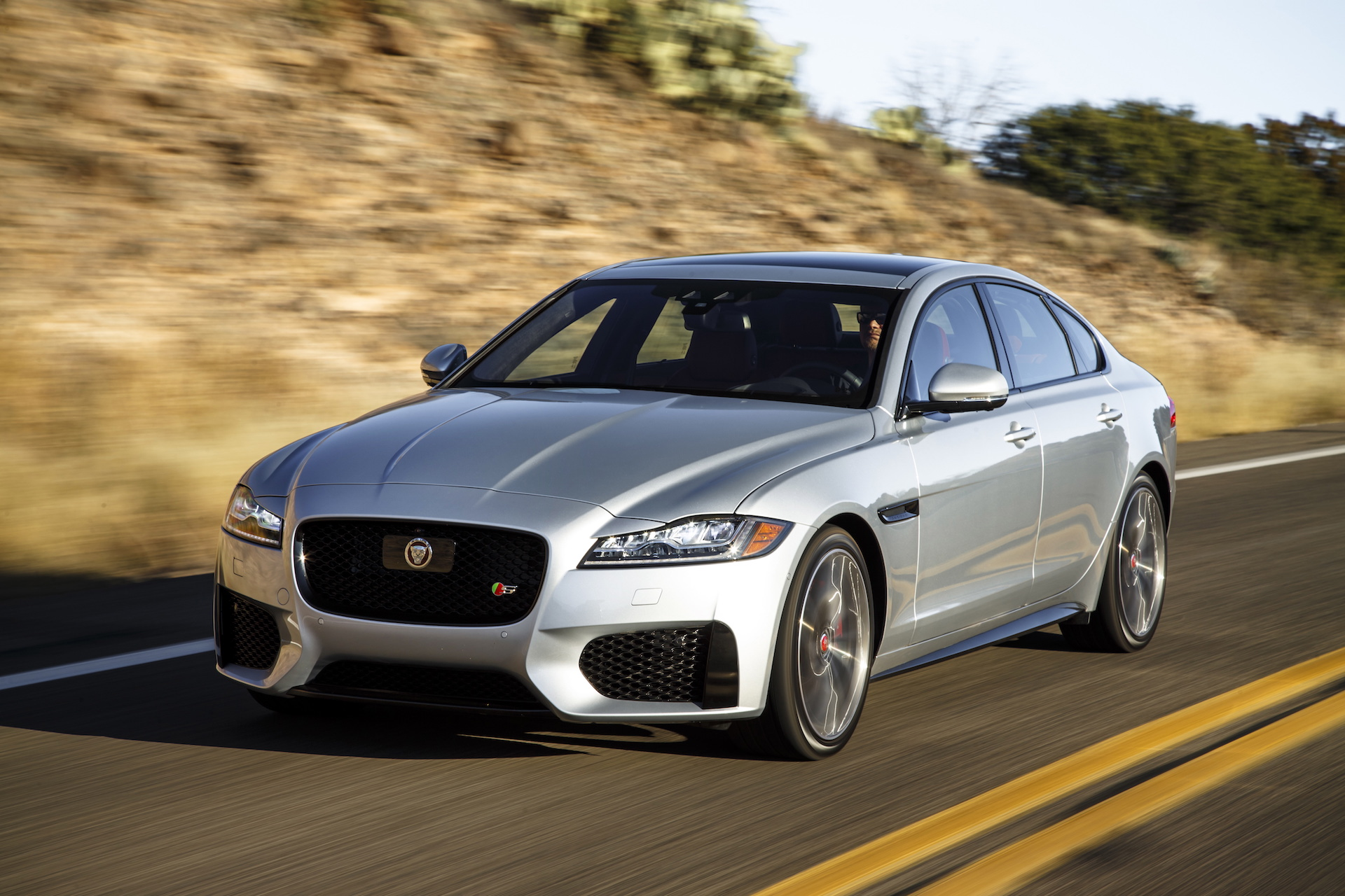 2017 Jaguar Xf Review Ratings Specs Prices And Photos The Car Connection