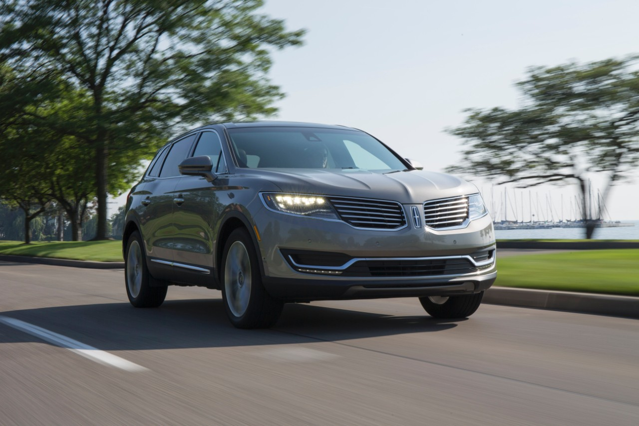 2017 lincoln mkx styling review the car connection. Black Bedroom Furniture Sets. Home Design Ideas