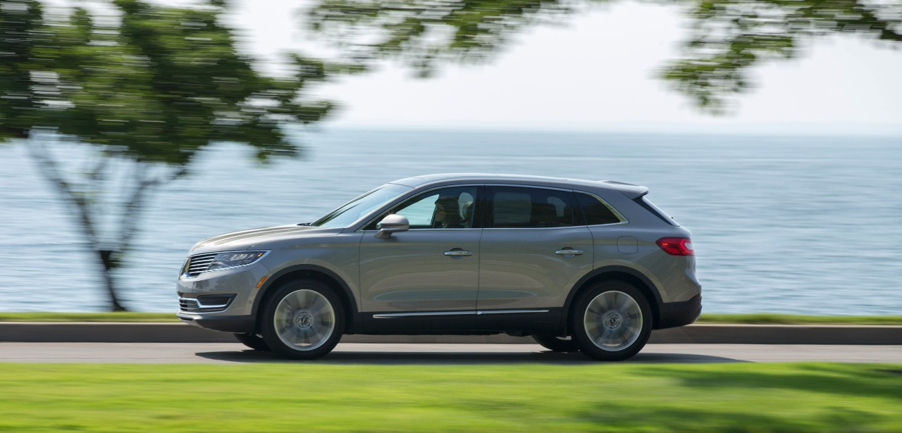 2017 lincoln mkx review ratings specs prices and. Black Bedroom Furniture Sets. Home Design Ideas