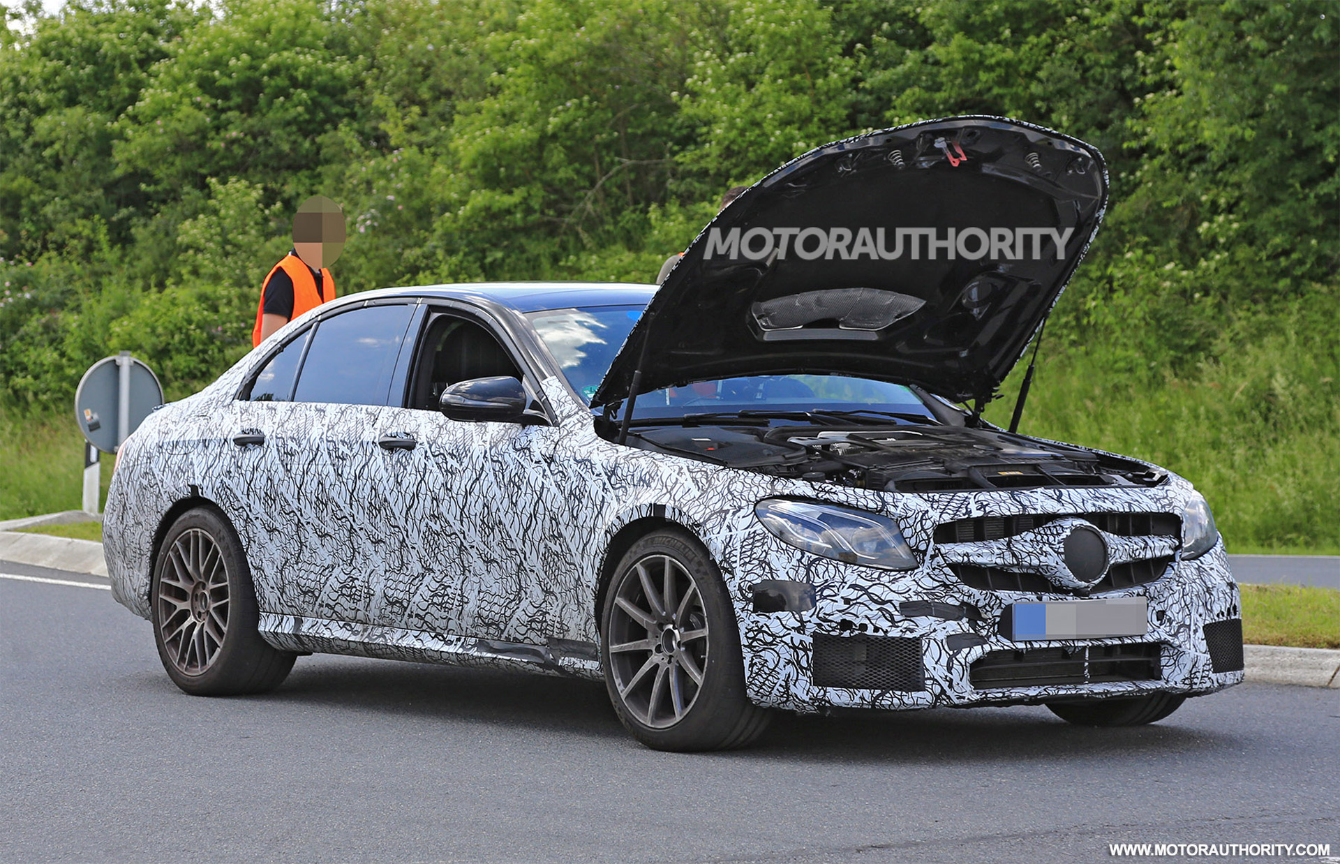 2017 Mercedes Amg E63 Spy Shots And Video