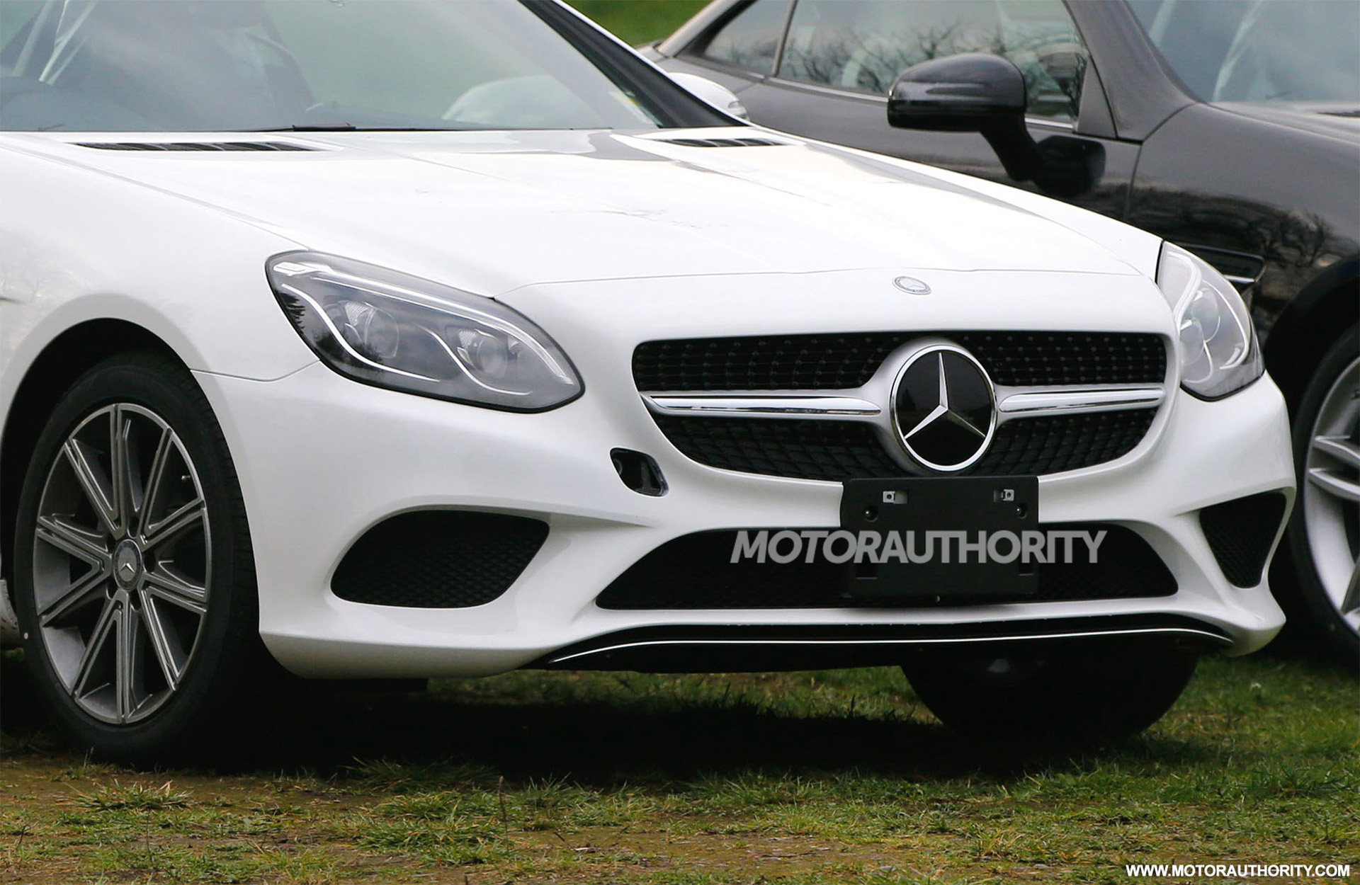 2017 mercedes benz slc spy shots for Slc mercedes benz