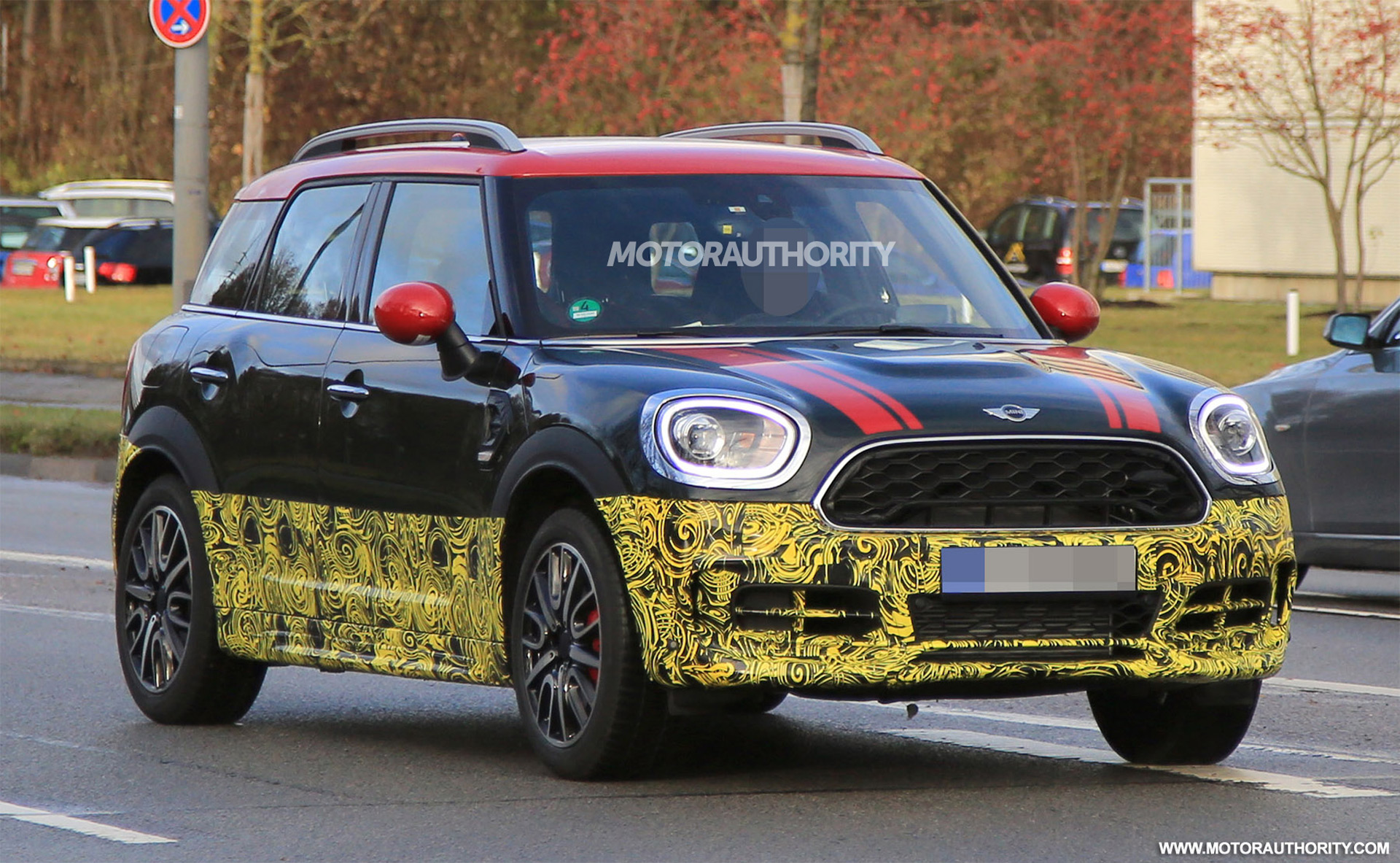 2017 mini john cooper works countryman spy shots. Black Bedroom Furniture Sets. Home Design Ideas