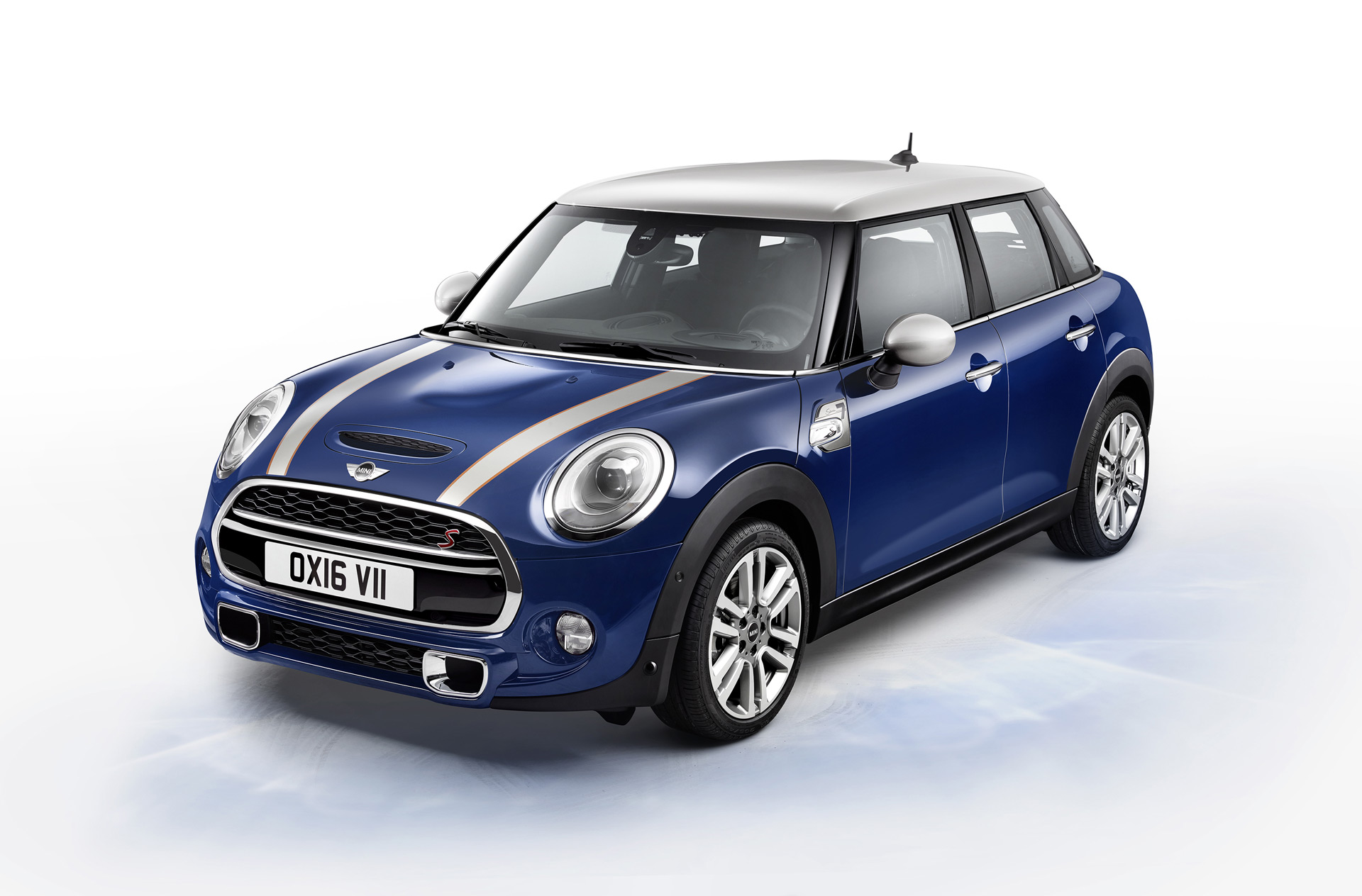 mini cooper 4 door review 2017 2018 best cars reviews. Black Bedroom Furniture Sets. Home Design Ideas