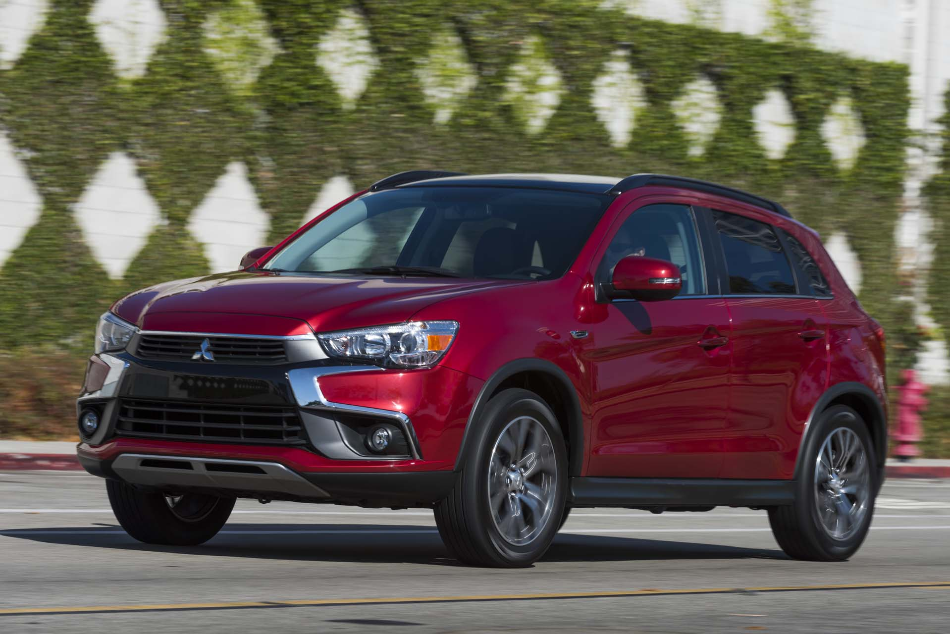 2017 mitsubishi outlander performance review the car for Mazda motor of america inc