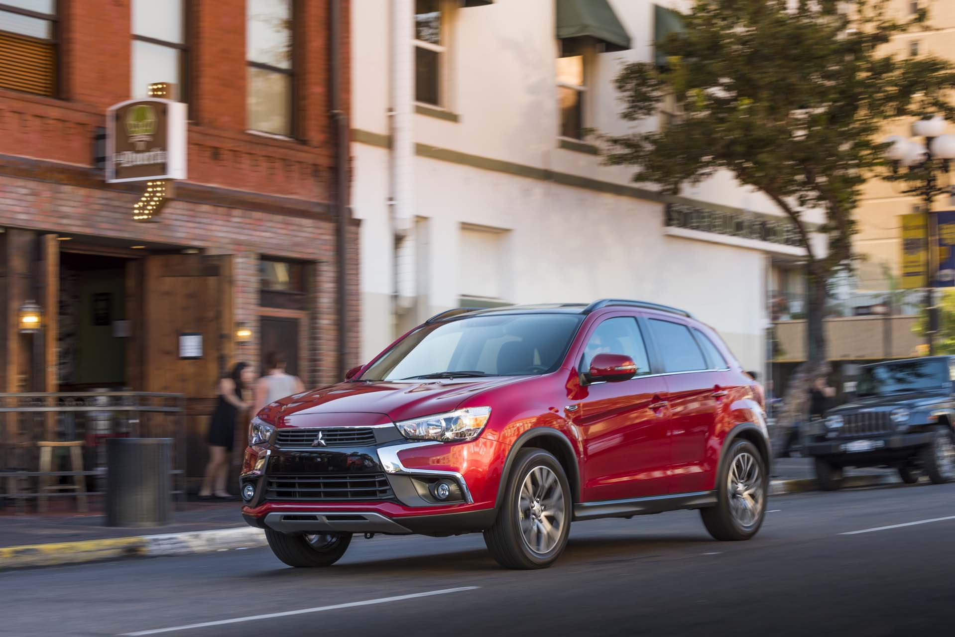 2017 mitsubishi outlander sport styling review the car connection. Black Bedroom Furniture Sets. Home Design Ideas